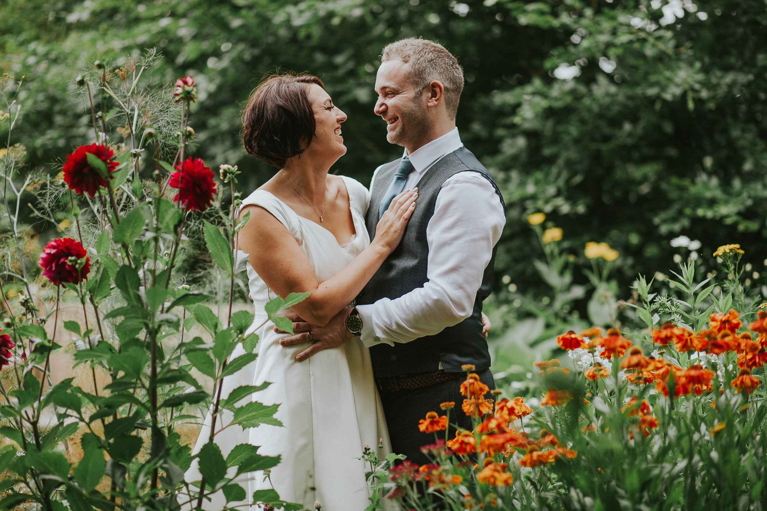 East Riddlesden Hall Wedding Photography (67).jpg