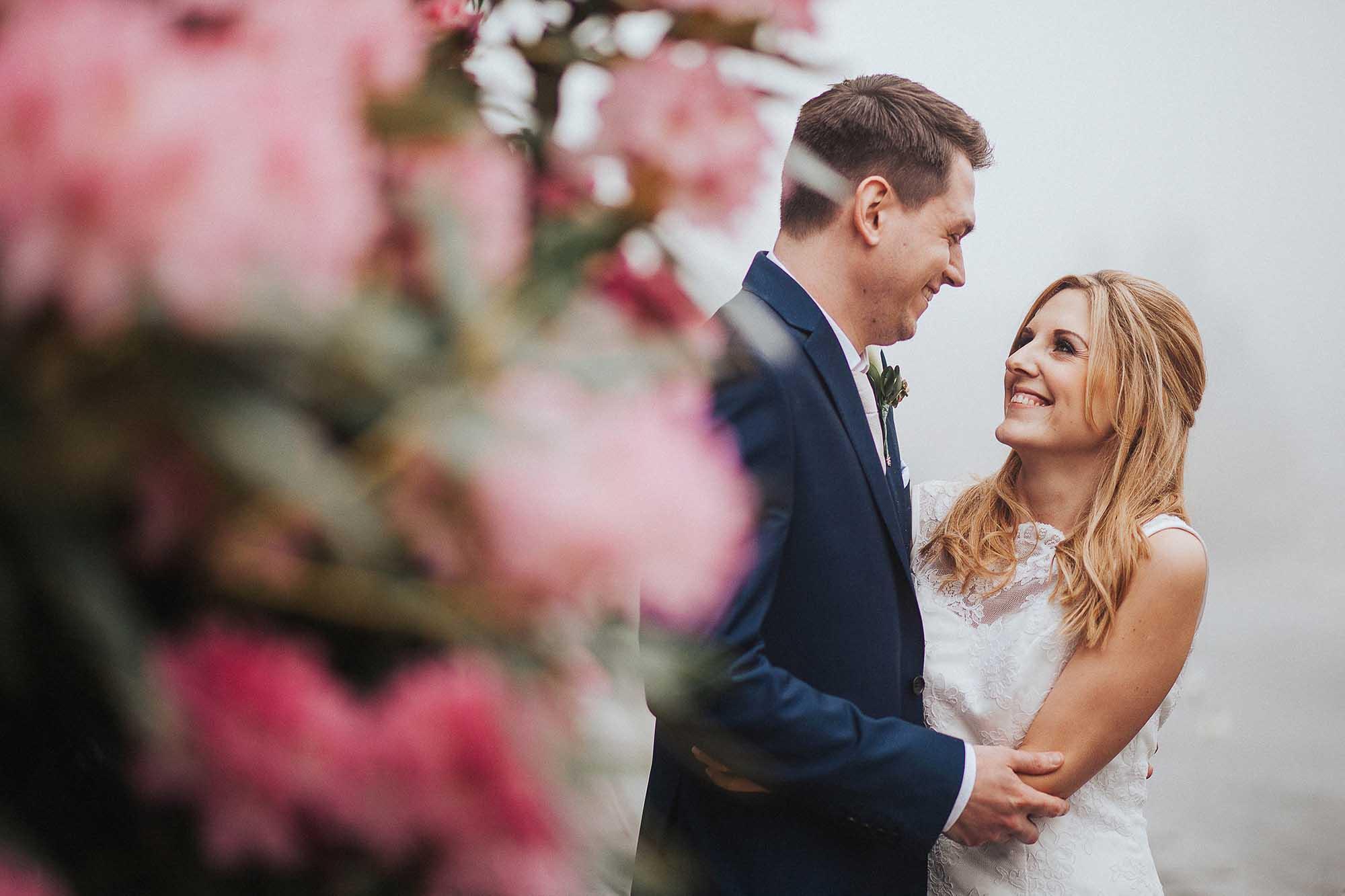 The White Hart Inn Lydgate wedding