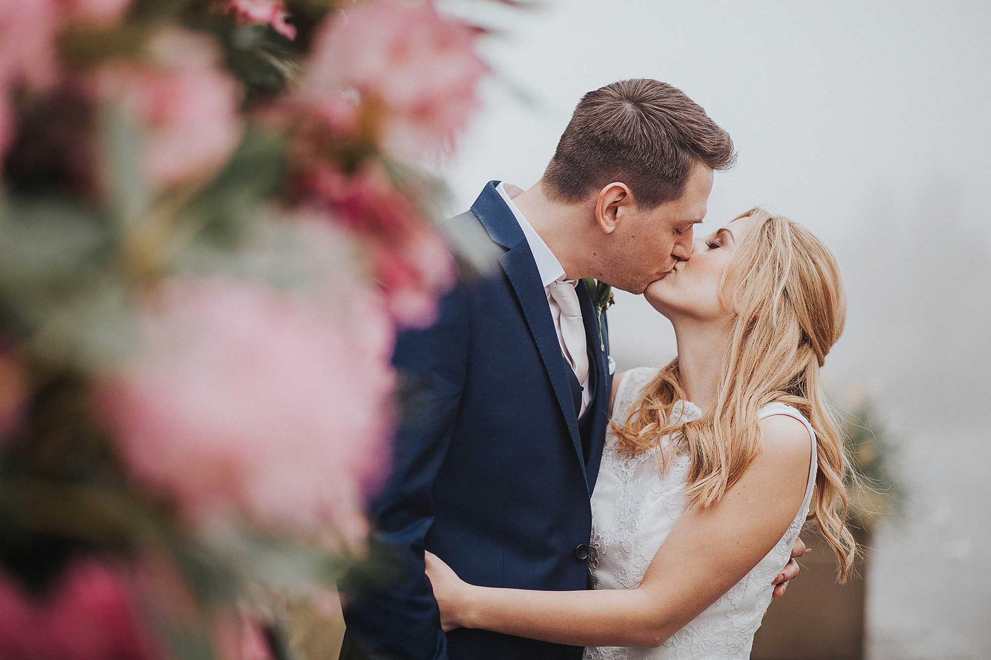 The White Hart Inn Saddleworth wedding