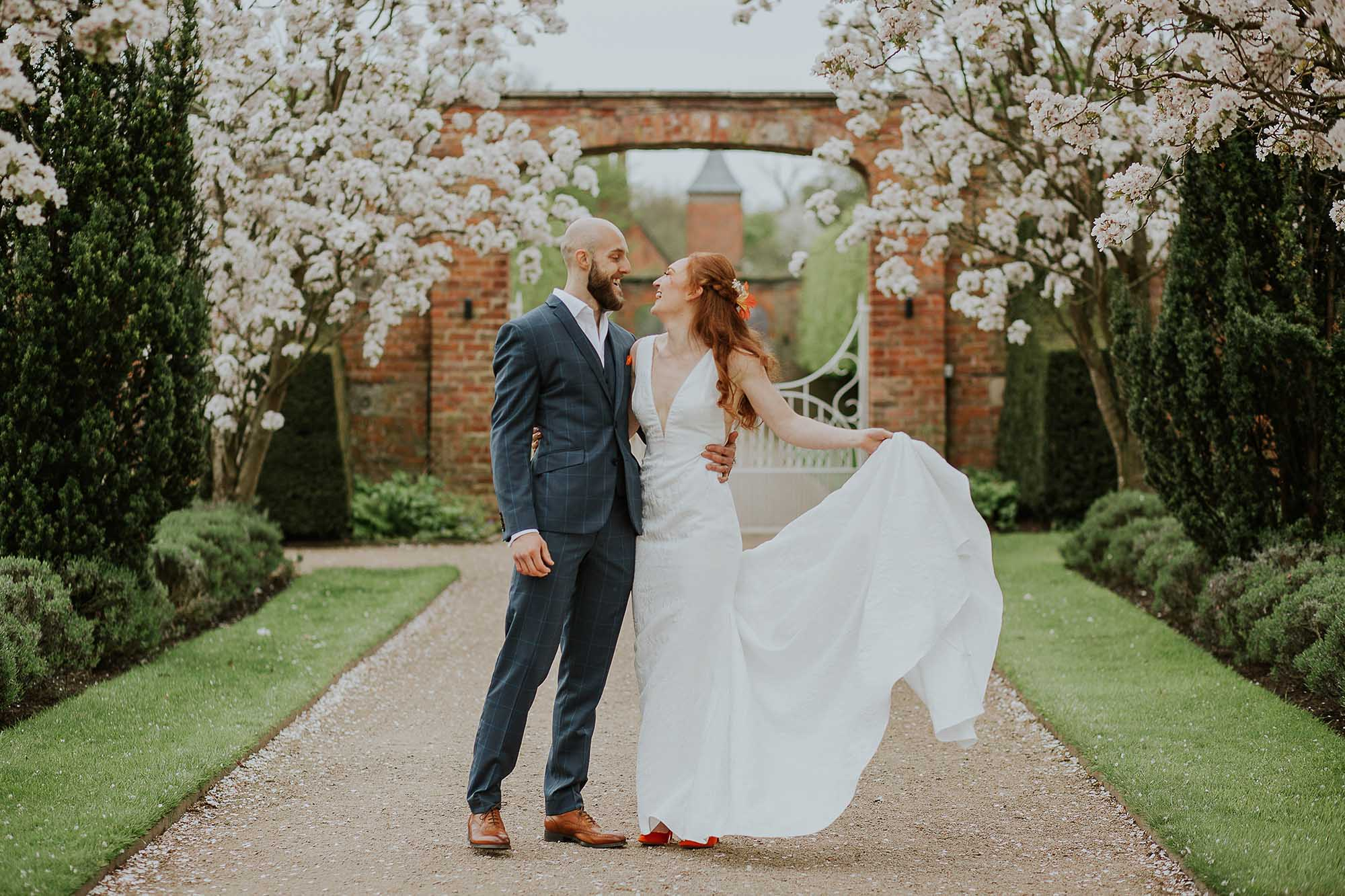 creative wedding photography at Combermere Abbey