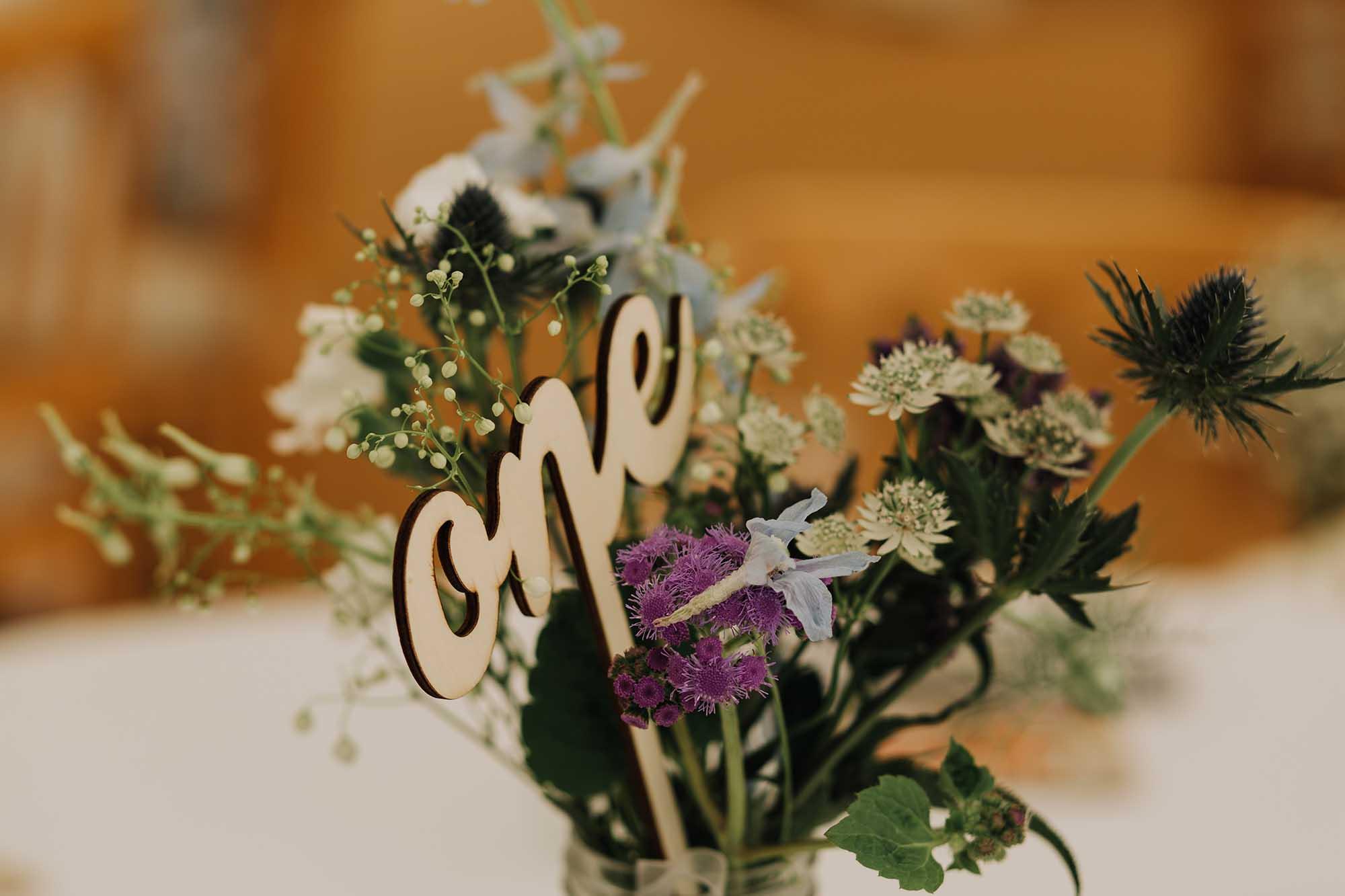 Ty Blodau wedding flowers