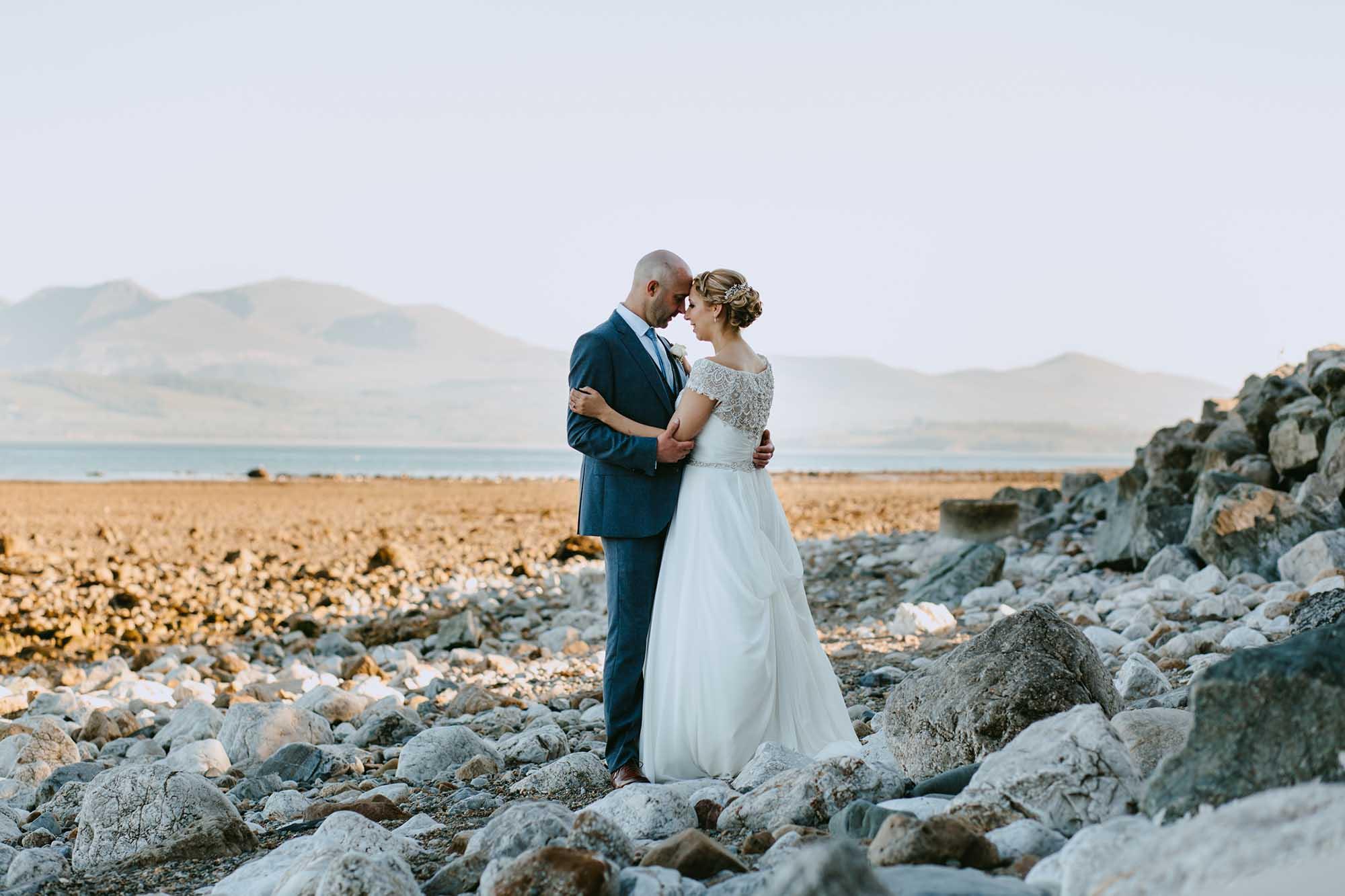 tros yr afon anglesey wedding photography