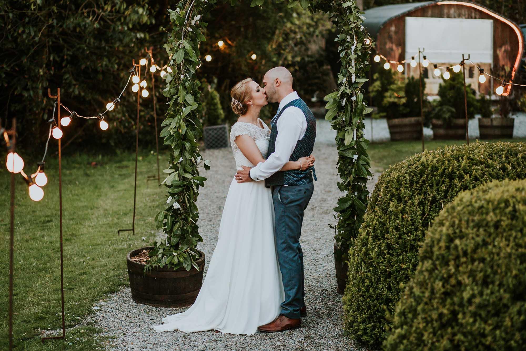 tros yr afon wedding photographer