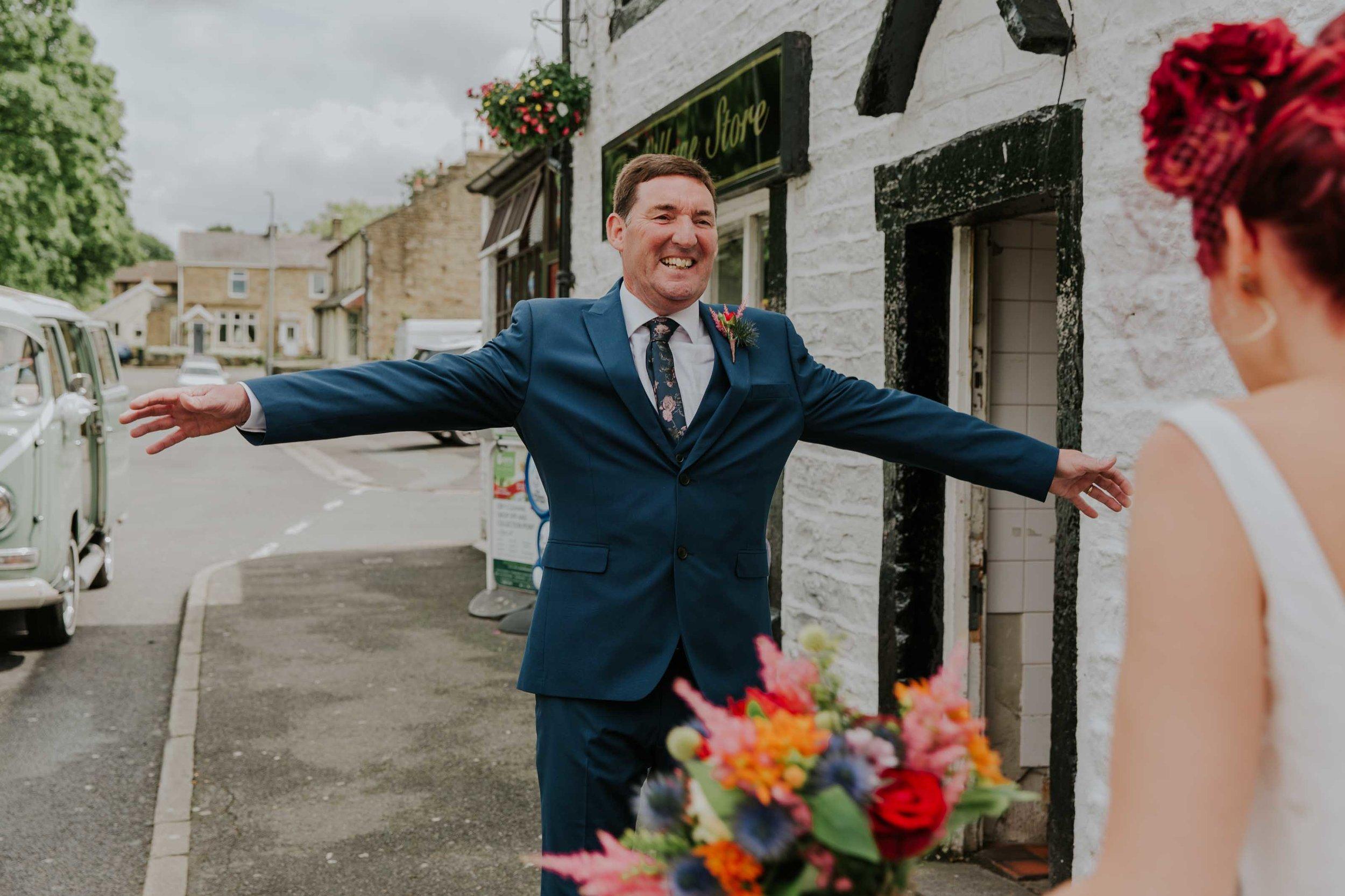 teepee wedding Lancashire (14).jpg