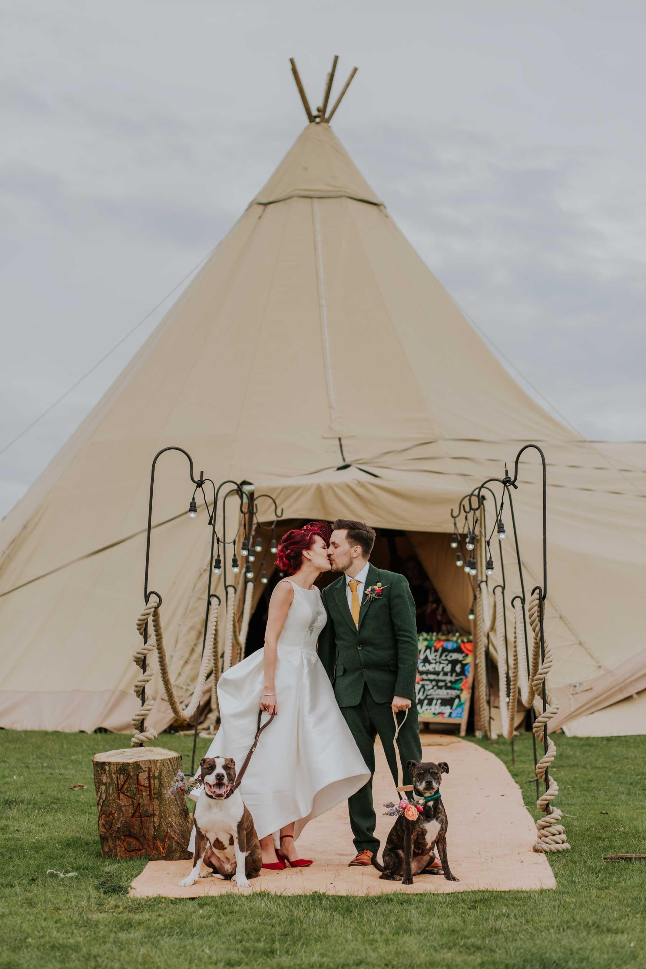 teepee wedding Lancashire (33).jpg