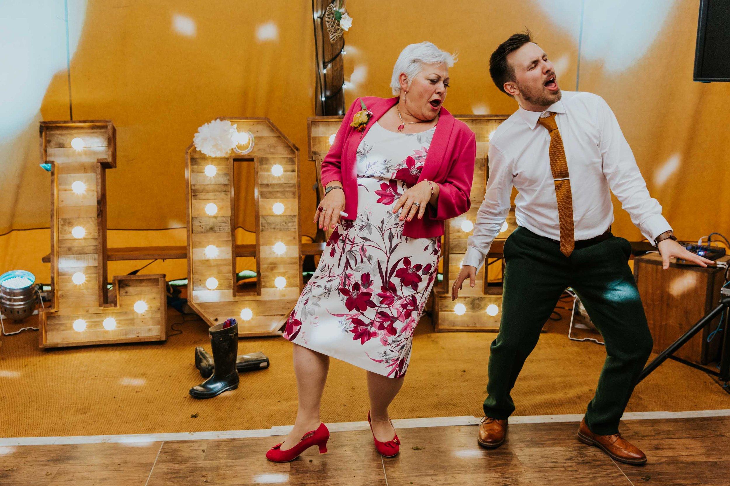 teepee wedding Lancashire (40).jpg