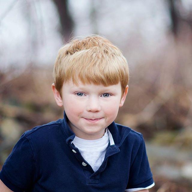 When did my boy get so old 😭 #photogskid #upstateny #springphotos #bigbrother #firstborn #loveandlight