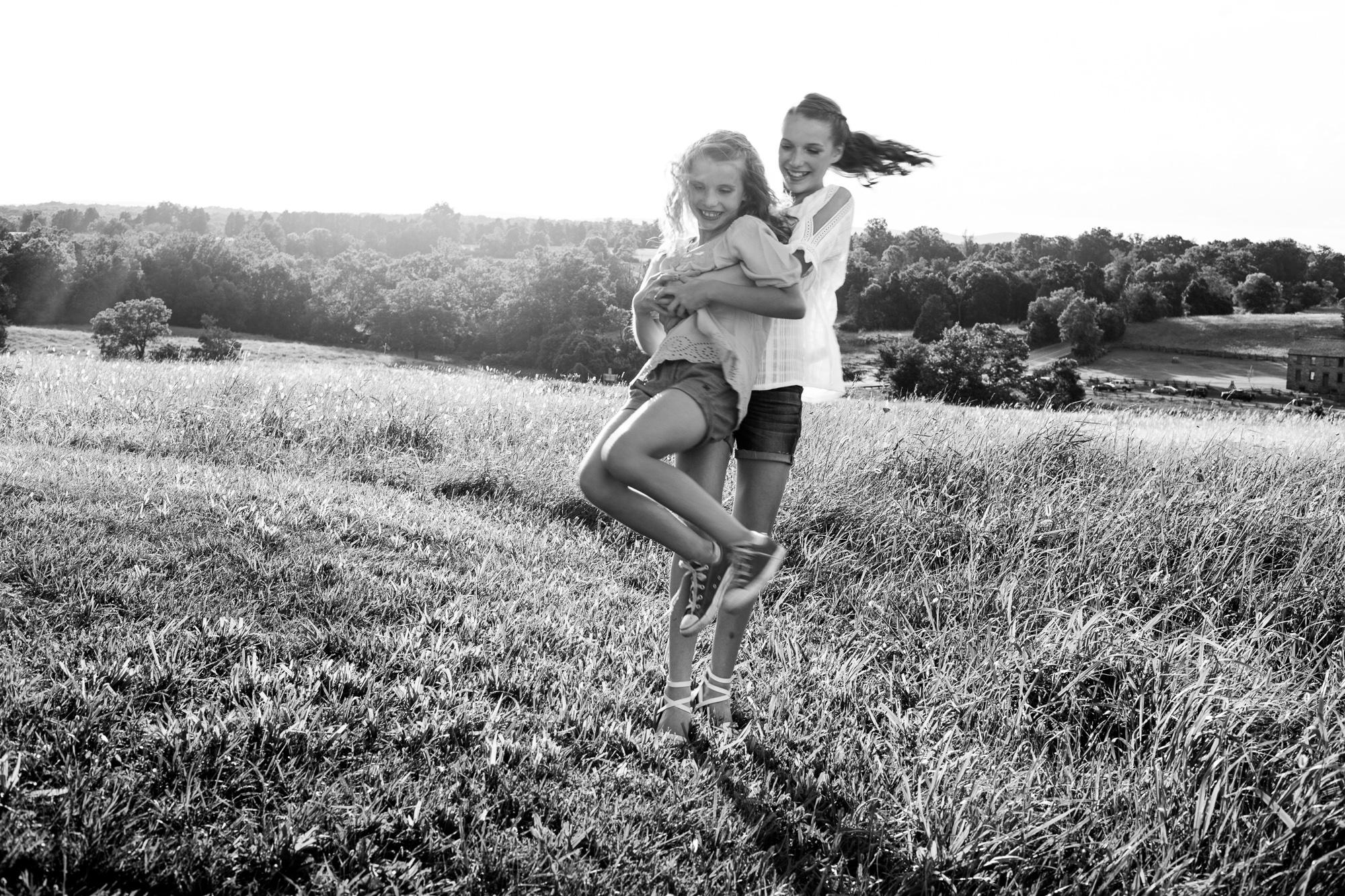 Nora & Addie   Sisters-63.jpg