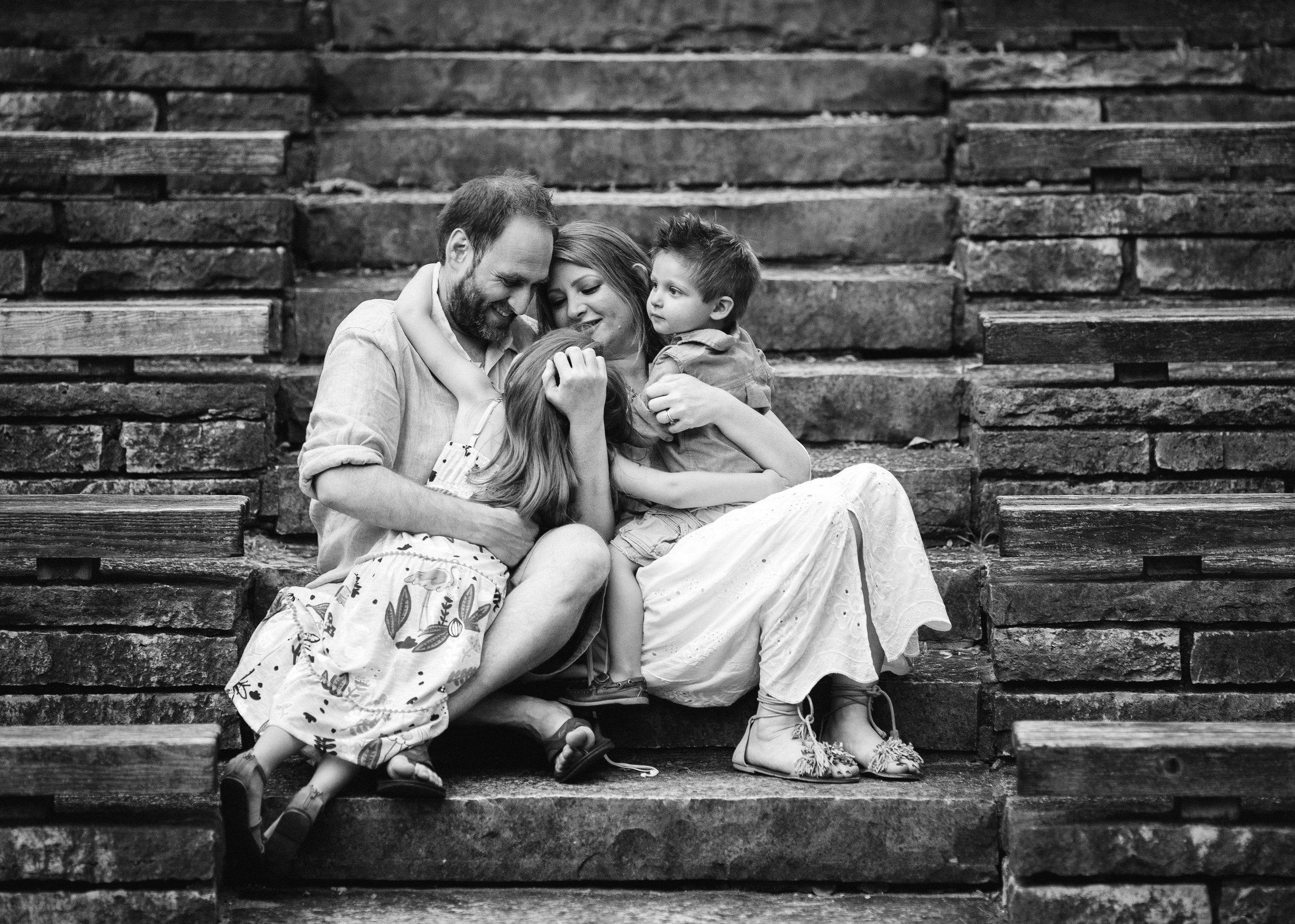 NicolaLevine_NorthShore Portrait Photographer_Chicago family photographer_ Chilren's photographer, North Shore photographer, Deerfield Family photographer, Deerfield lifestyle photographerLG9A9525-Edit-2.jpg