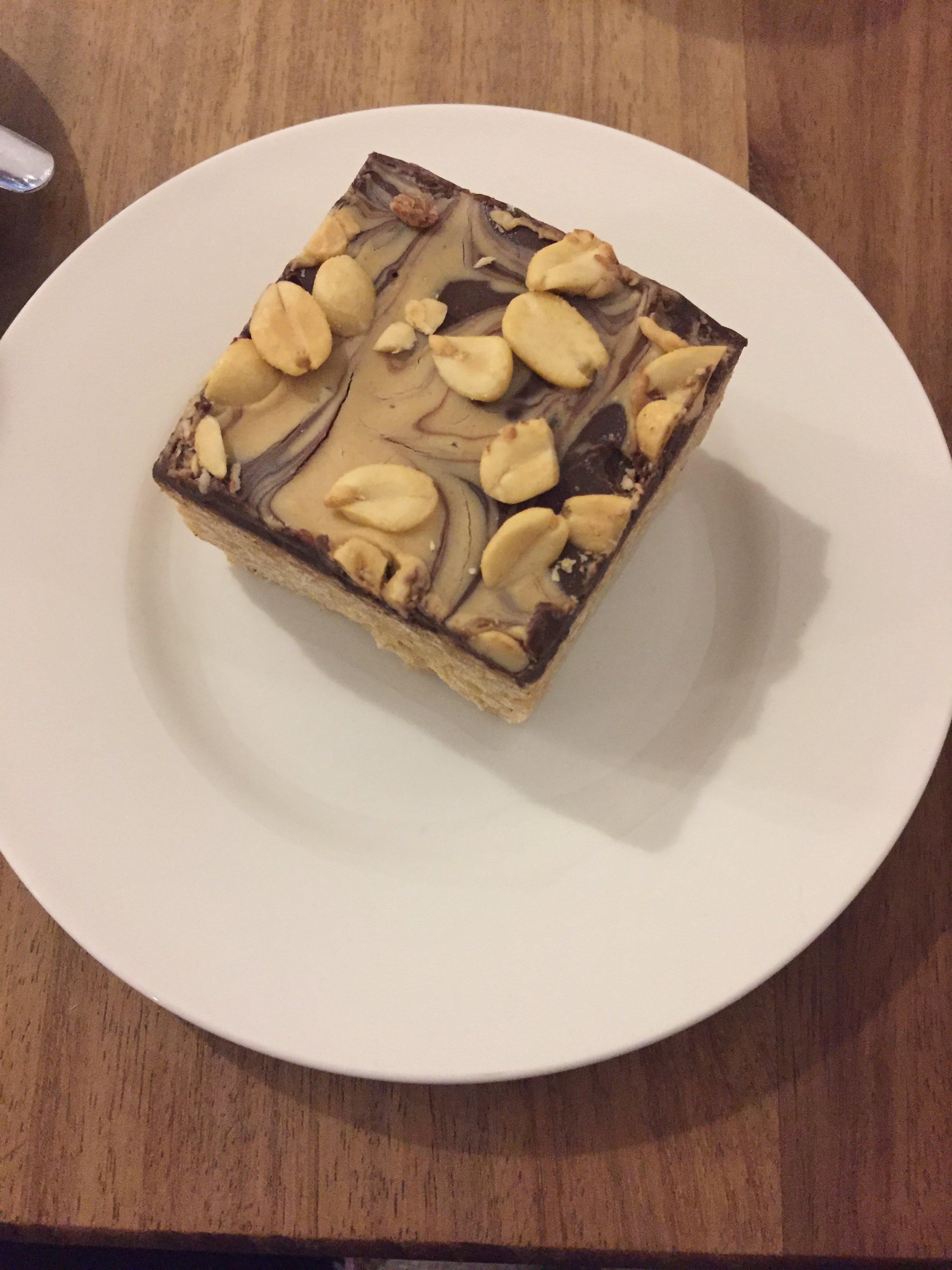 mmmmmm.... cake