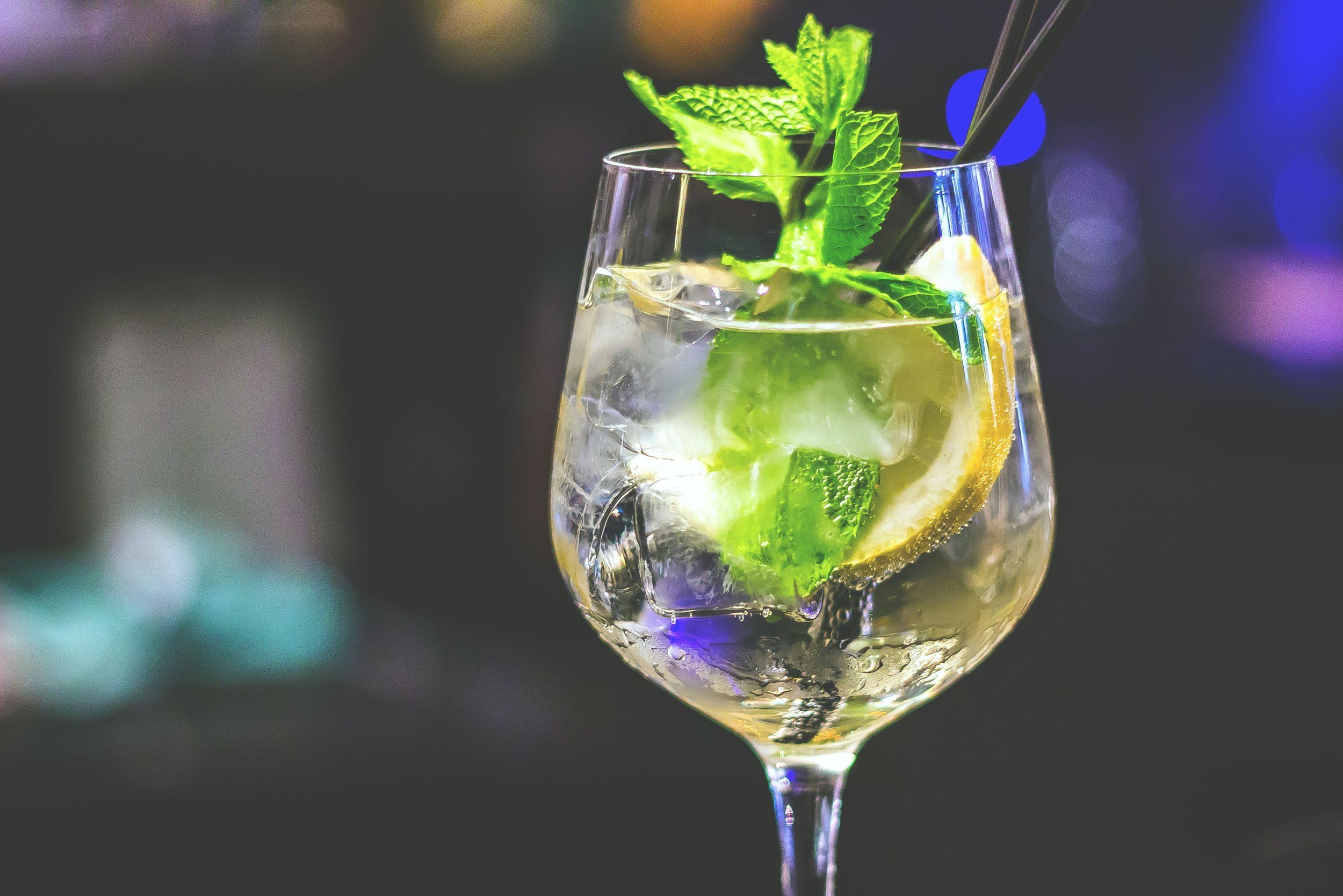 """- """"Typically, Northern Ireland's talented bar-folk know how to serve up a great gin but if your glass could fit more ice, then absolutely ask so you can chill out exactly how you intended without having to sip over a melted mess.""""Copeland Gin is available at all good off-sales and bars and restaurants across NI. For more information or to join in the conversation visit coplelandspirits.com or search #copelandgin on social media.Always drink responsibly."""