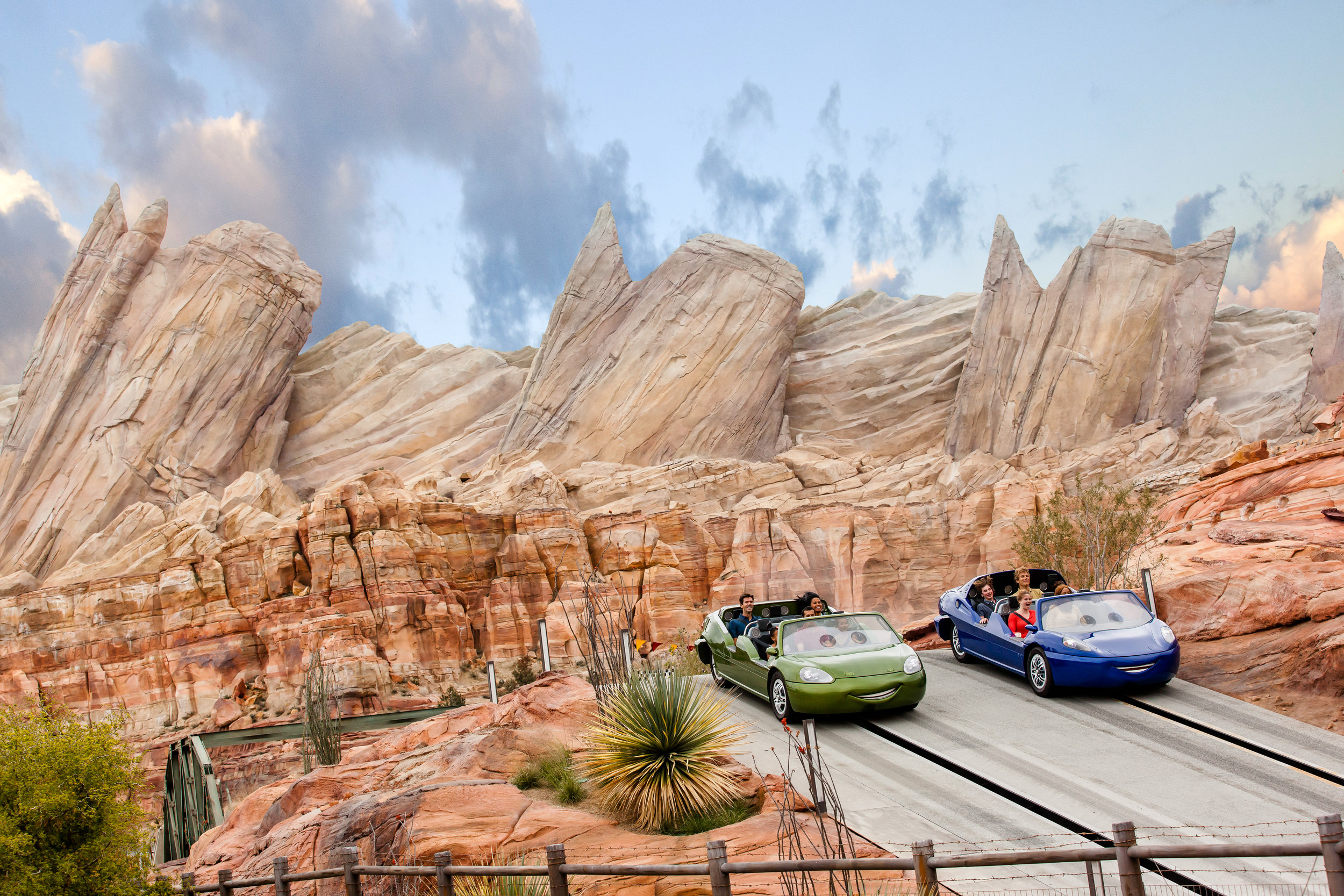 cars land — DISNEY CALIFORNIA ADVENTURE® PARK | © disney