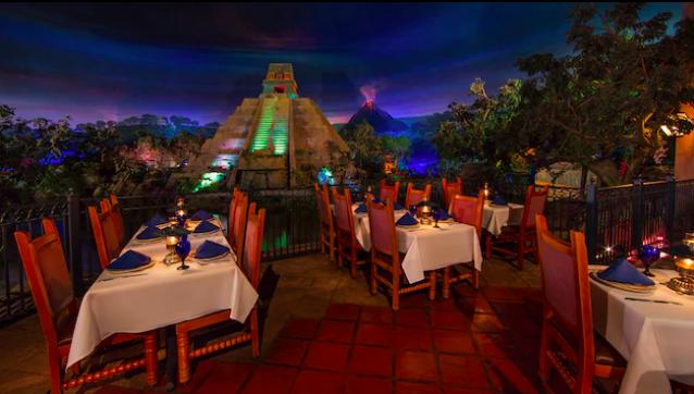 The never-ending twilight atmosphere of San Angel Inn Restaurante.