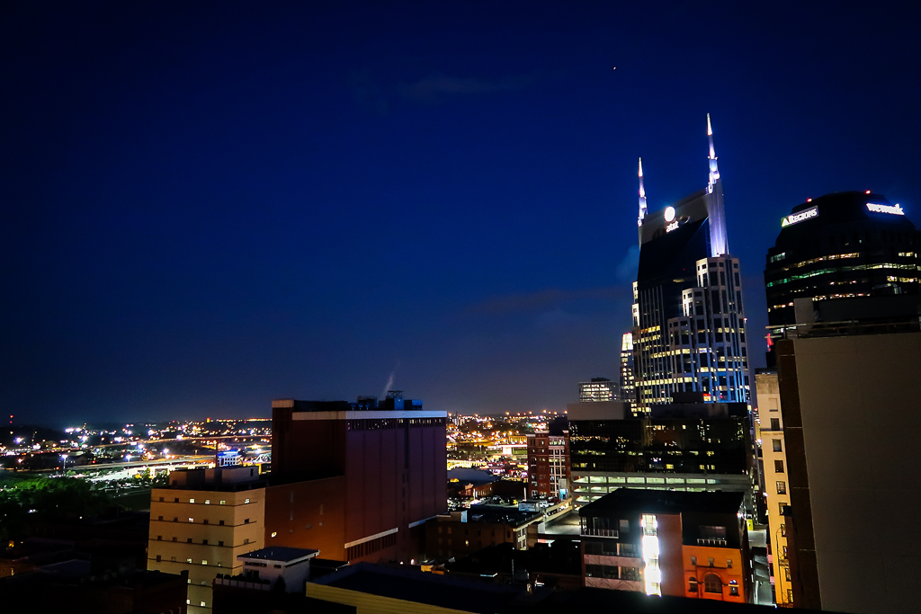 The Tavern at the Bobby Hotel Printer's Alley Downtown Nashville Rooftop Bar via @ginka + ginkaville.com