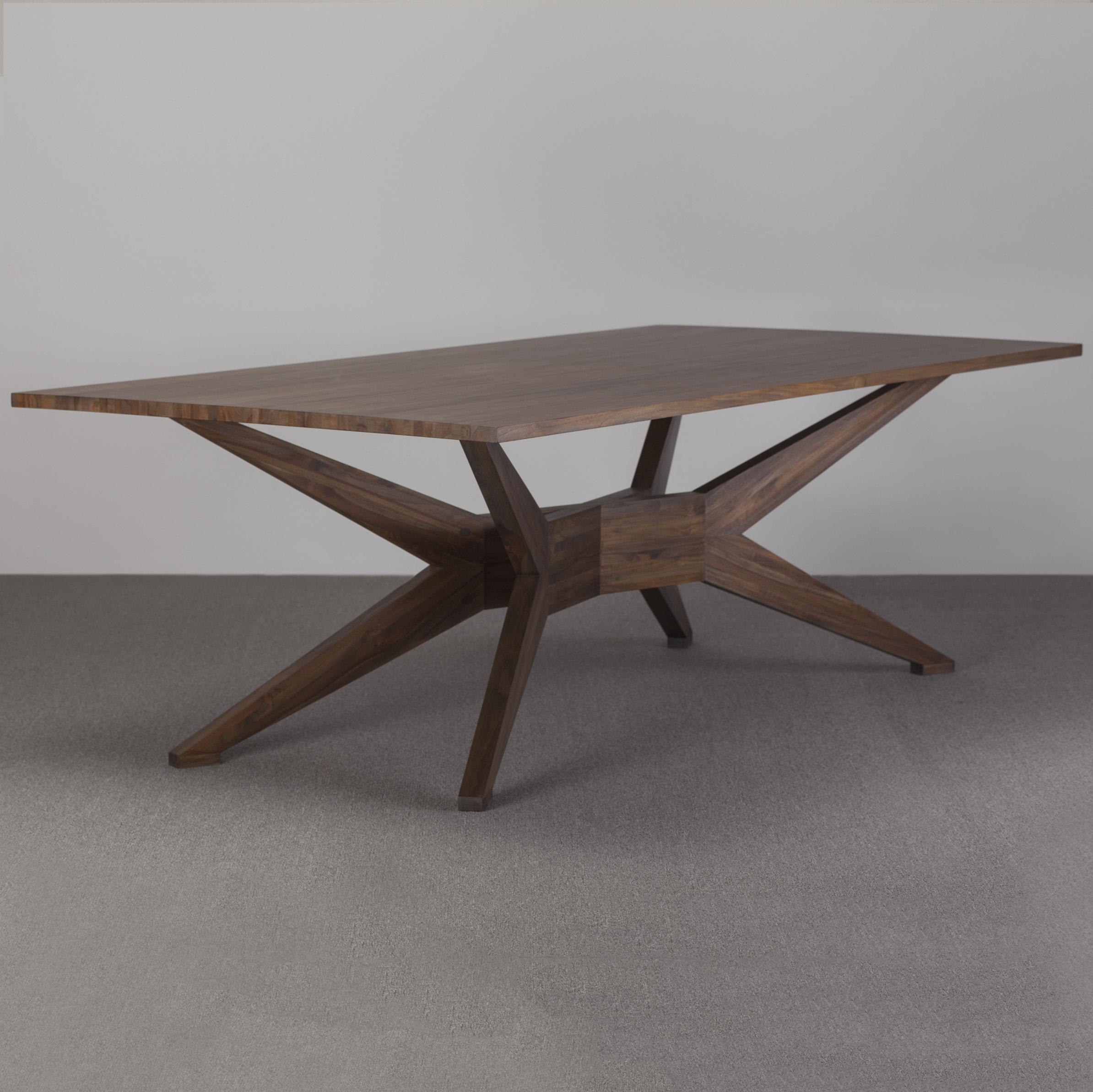 basis-dining-table-1.jpg