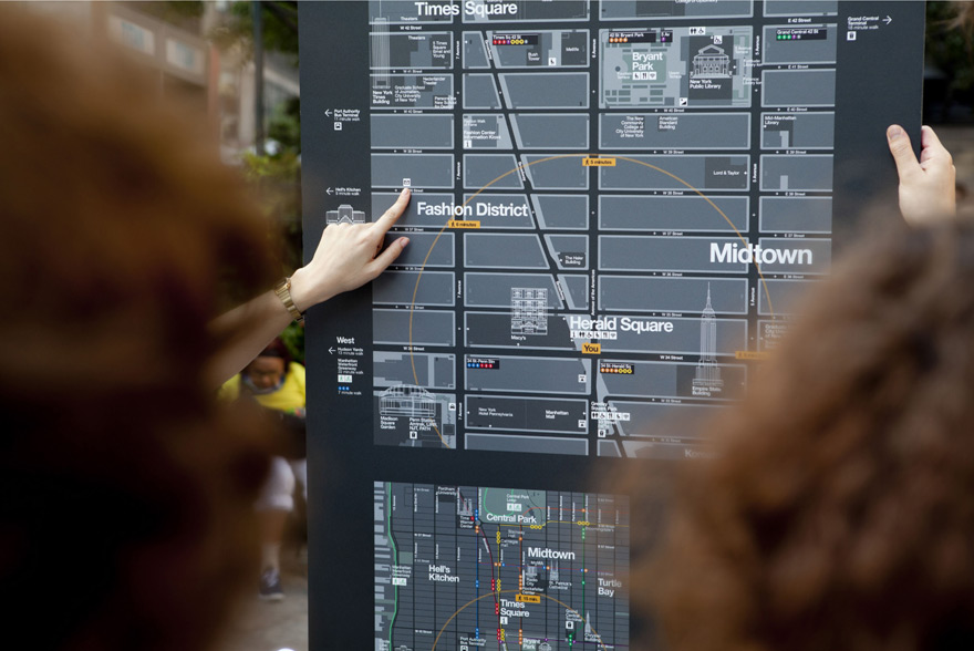NYCWayfinding-pointing.jpg