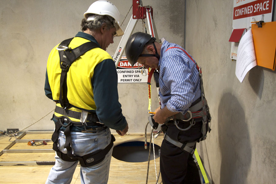 confined space rescue & entry -