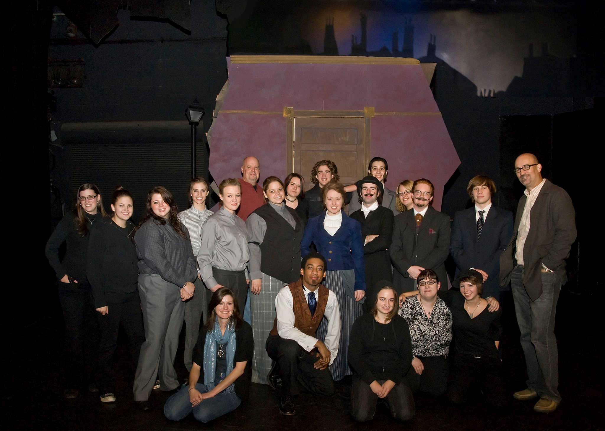 Cast and Production team of  Jekyll and Hyde .
