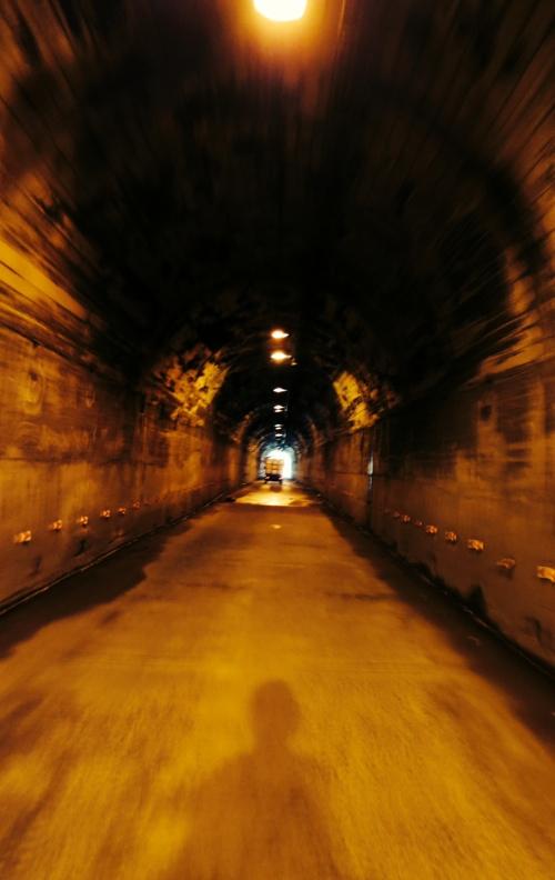 biketunnel.jpg