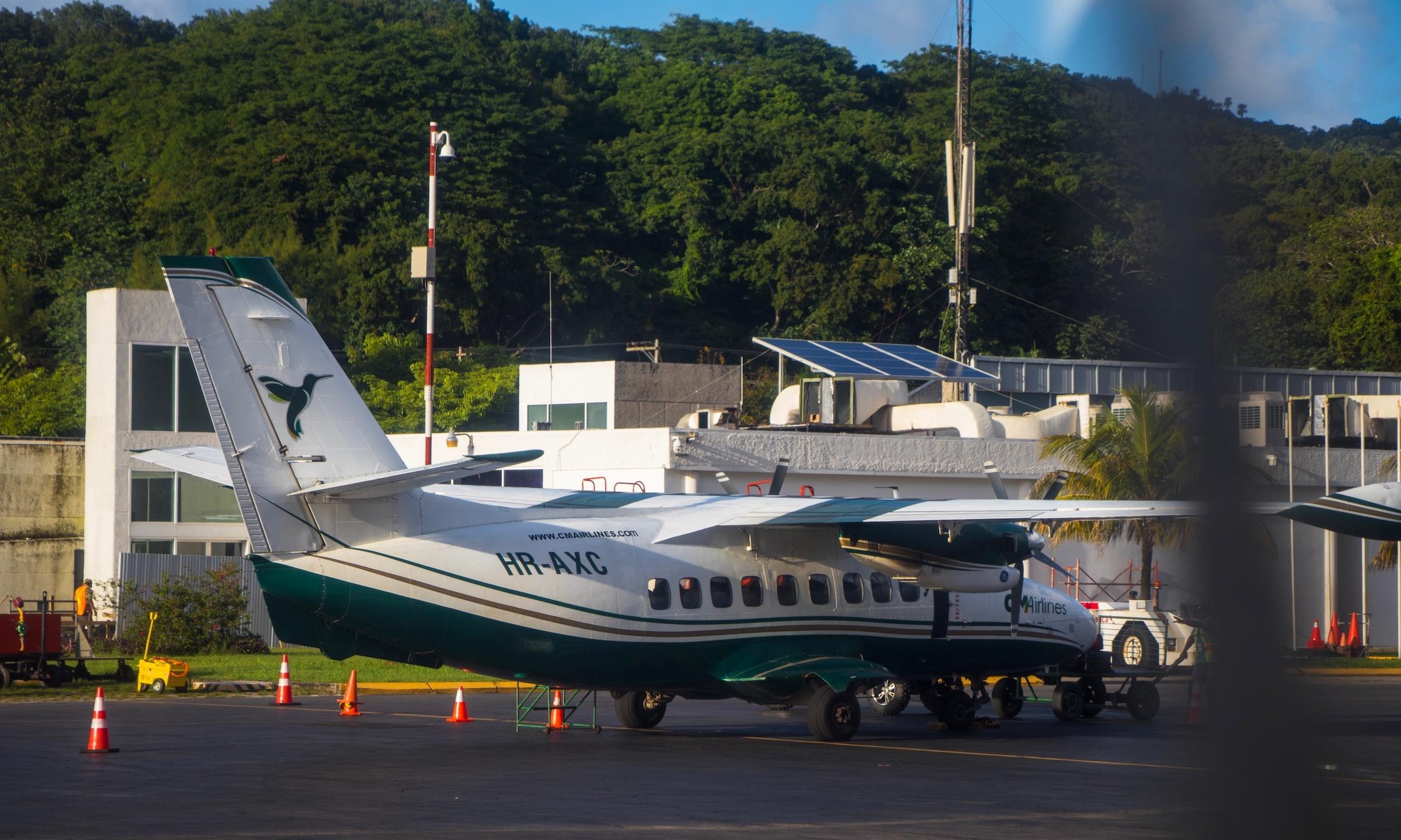 CM Airlines Roatan