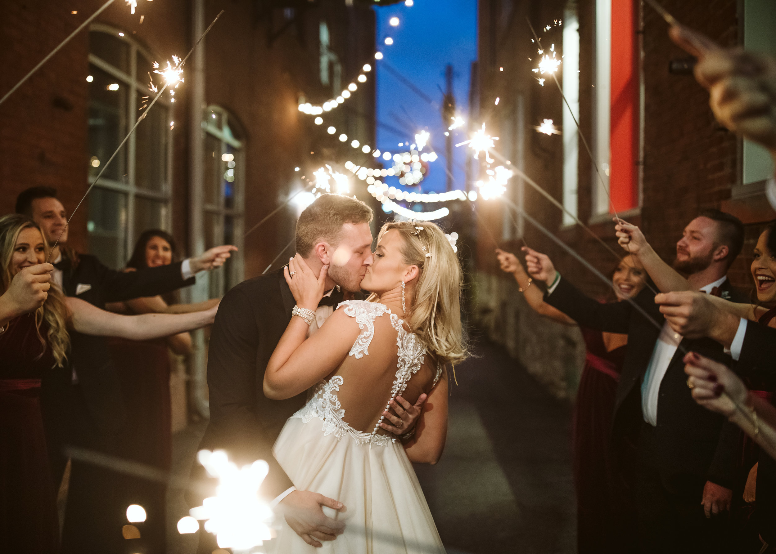 LAURA & JAKE - The Winter Secret Garden Wedding // The Bride and The Bauer - Kansas City, MO