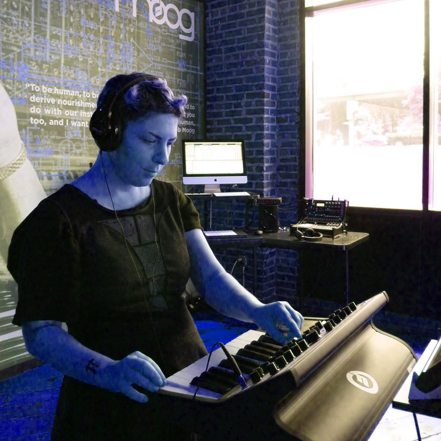 Rhendi Greenwell Portrait 2.jpg