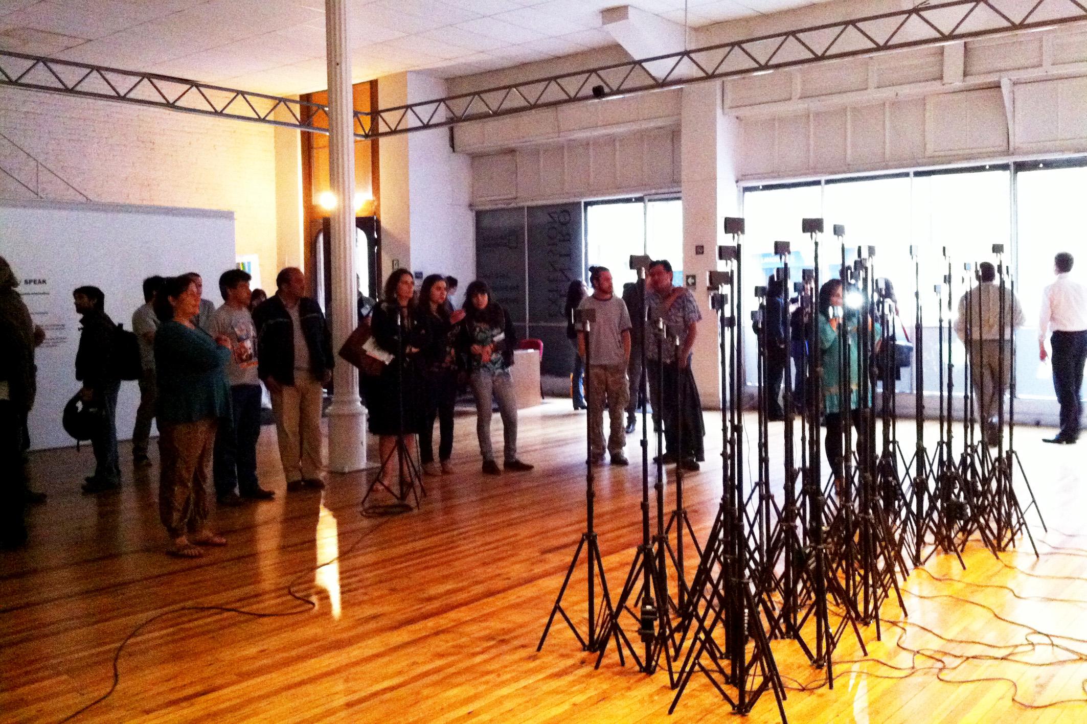 speak | fala    @galeria el farol 2013   + expo