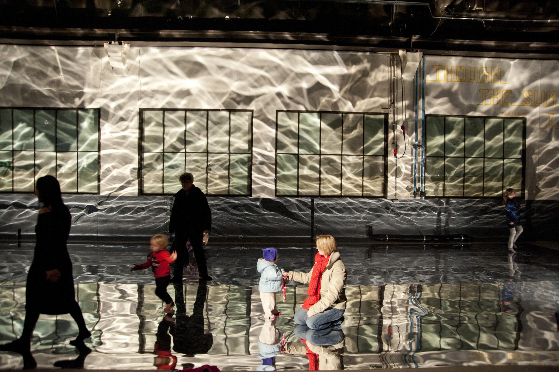 water   água    @ klokgebouw building 2012   + expo