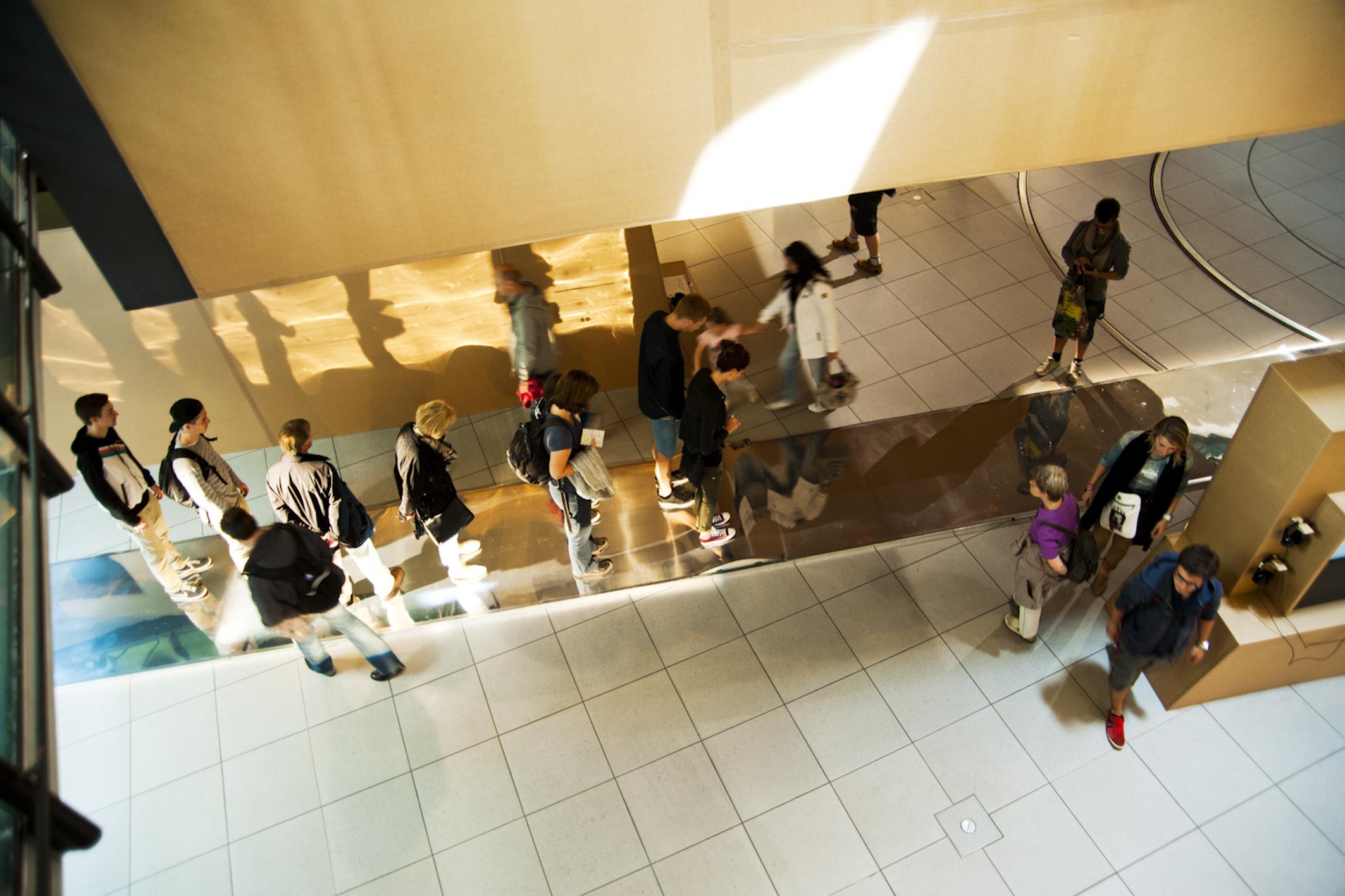 floor   piso    @ impuls und bewegung 2012   + expo