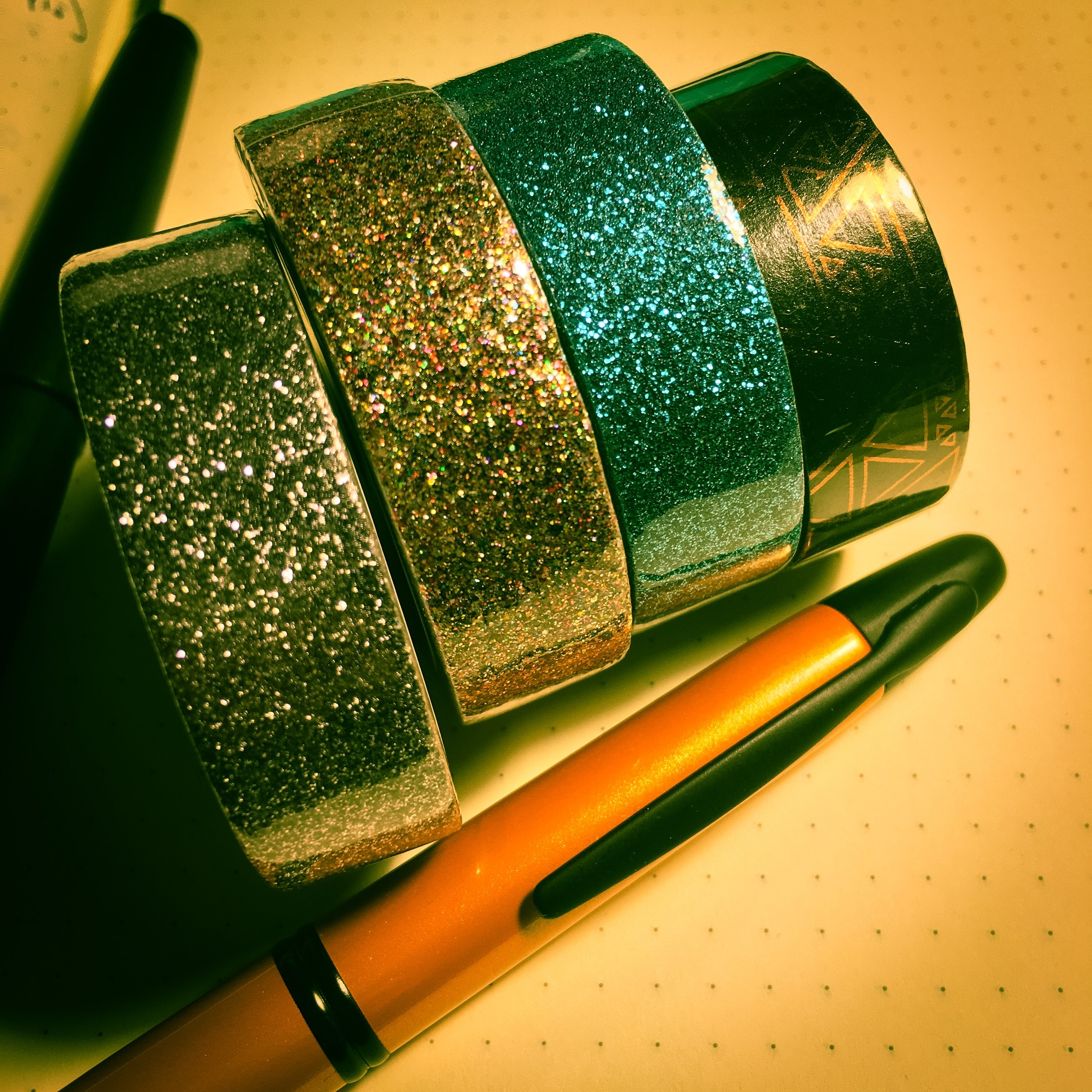 Great looking sparkly wash tape! I don't know what to do with it....