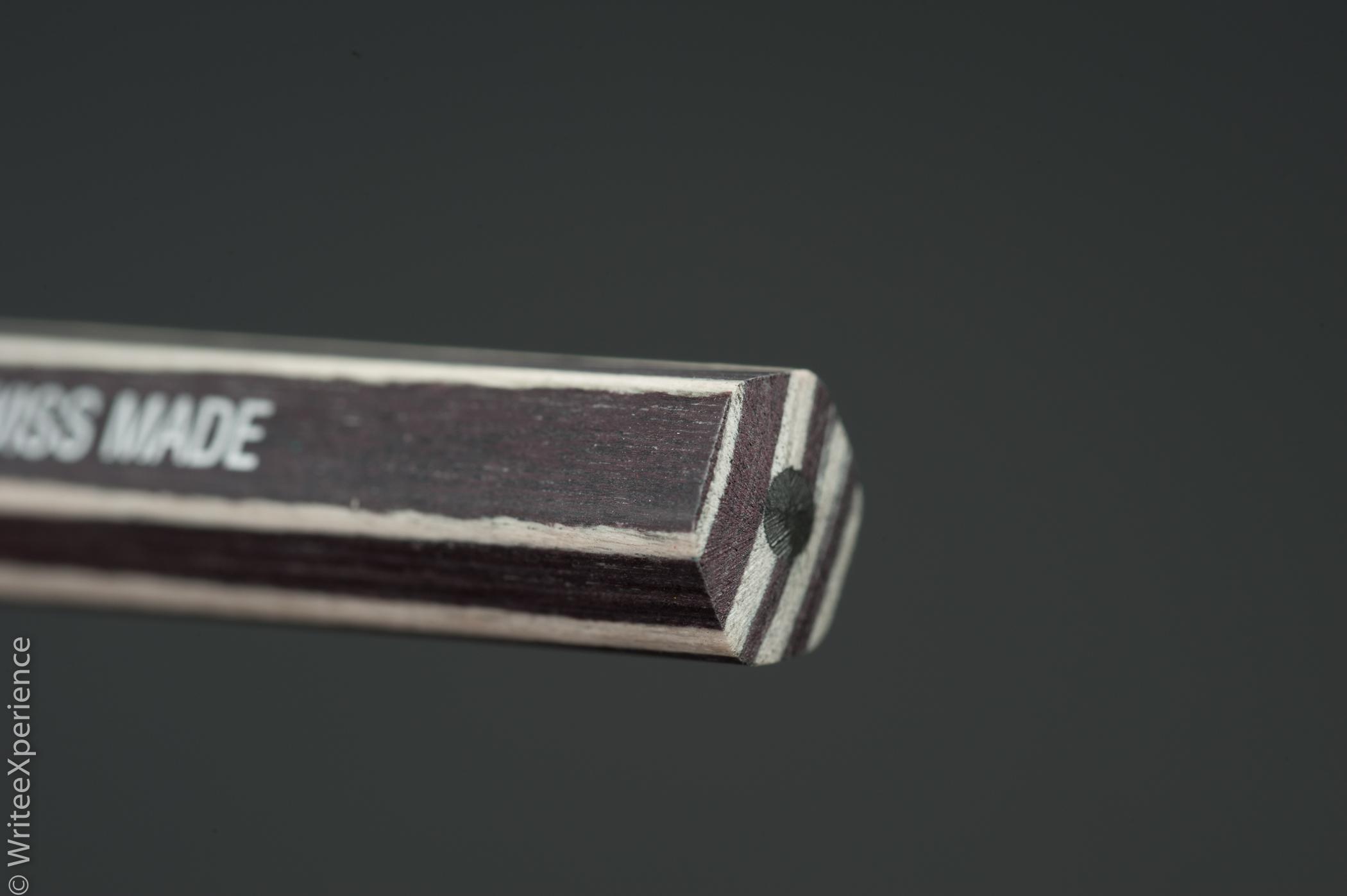 WriteeXperience-Caran-dache-noblewood-pencils-5th-10.jpg