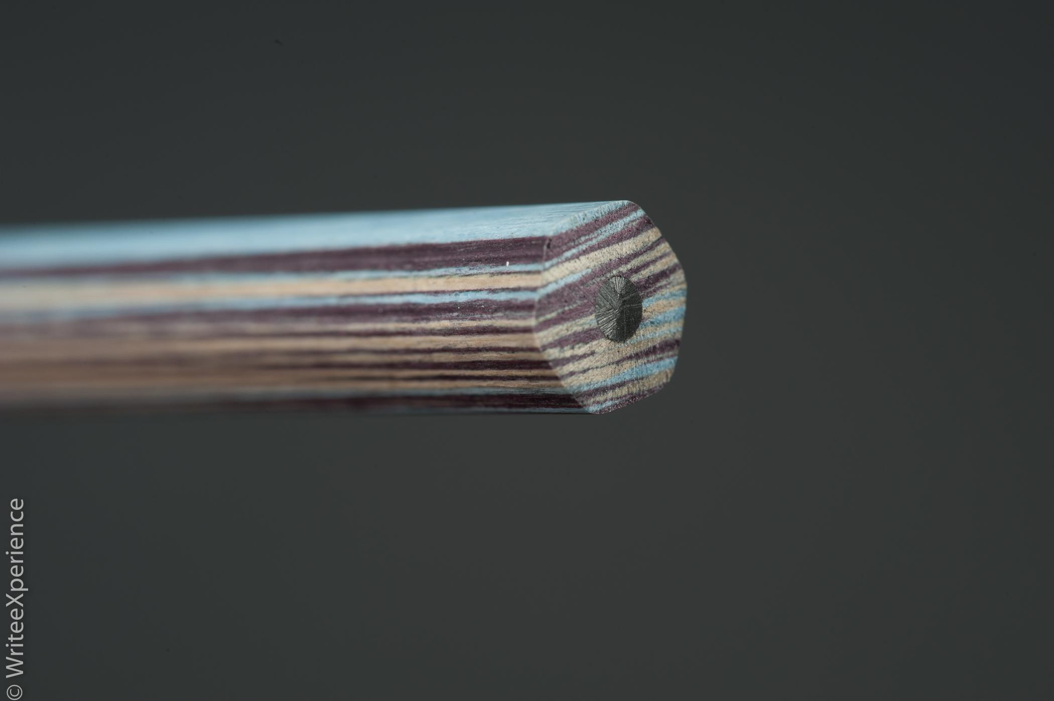 WriteeXperience-Caran-dache-noblewood-pencils-5th-14.jpg