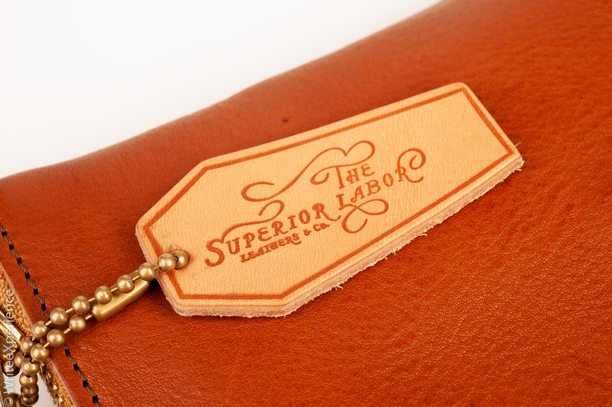 WriteeXperience-superior_labor_A5_leather_notebook_cover-4.jpg