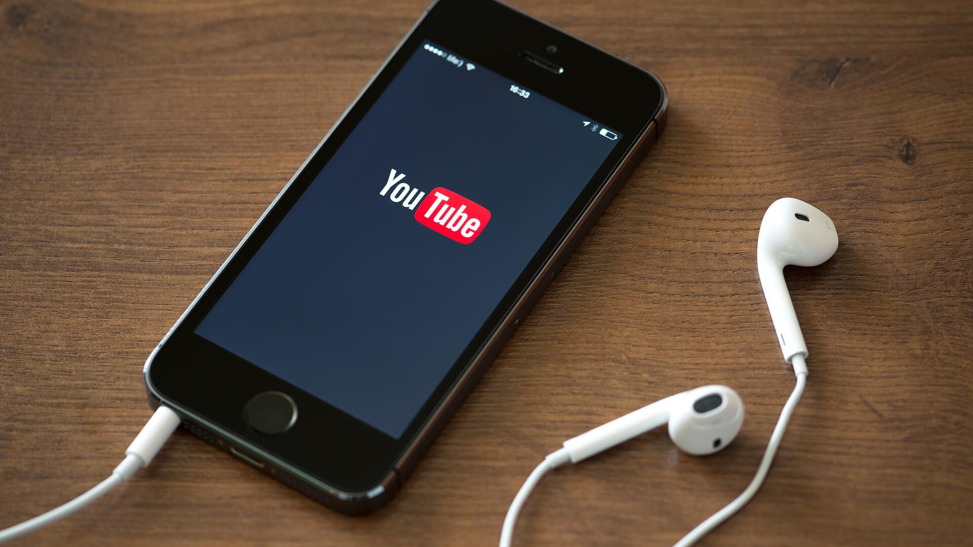 2005-2007-Youtube+Iphone