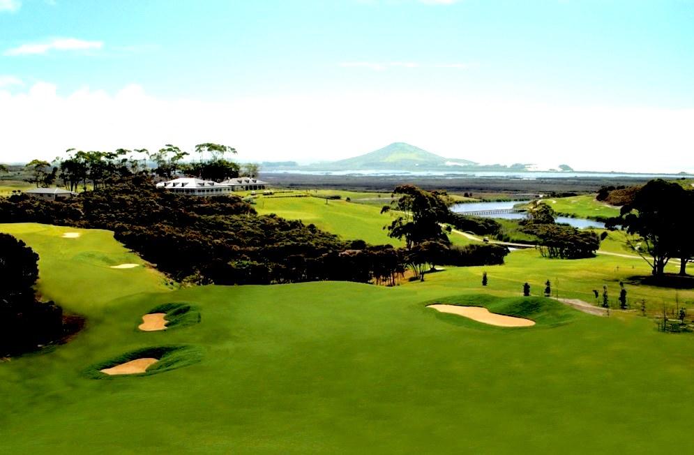 Carrington Golf Course - 18 Hole Par 72 Championship Course - Foto by Play Golf New Zealand