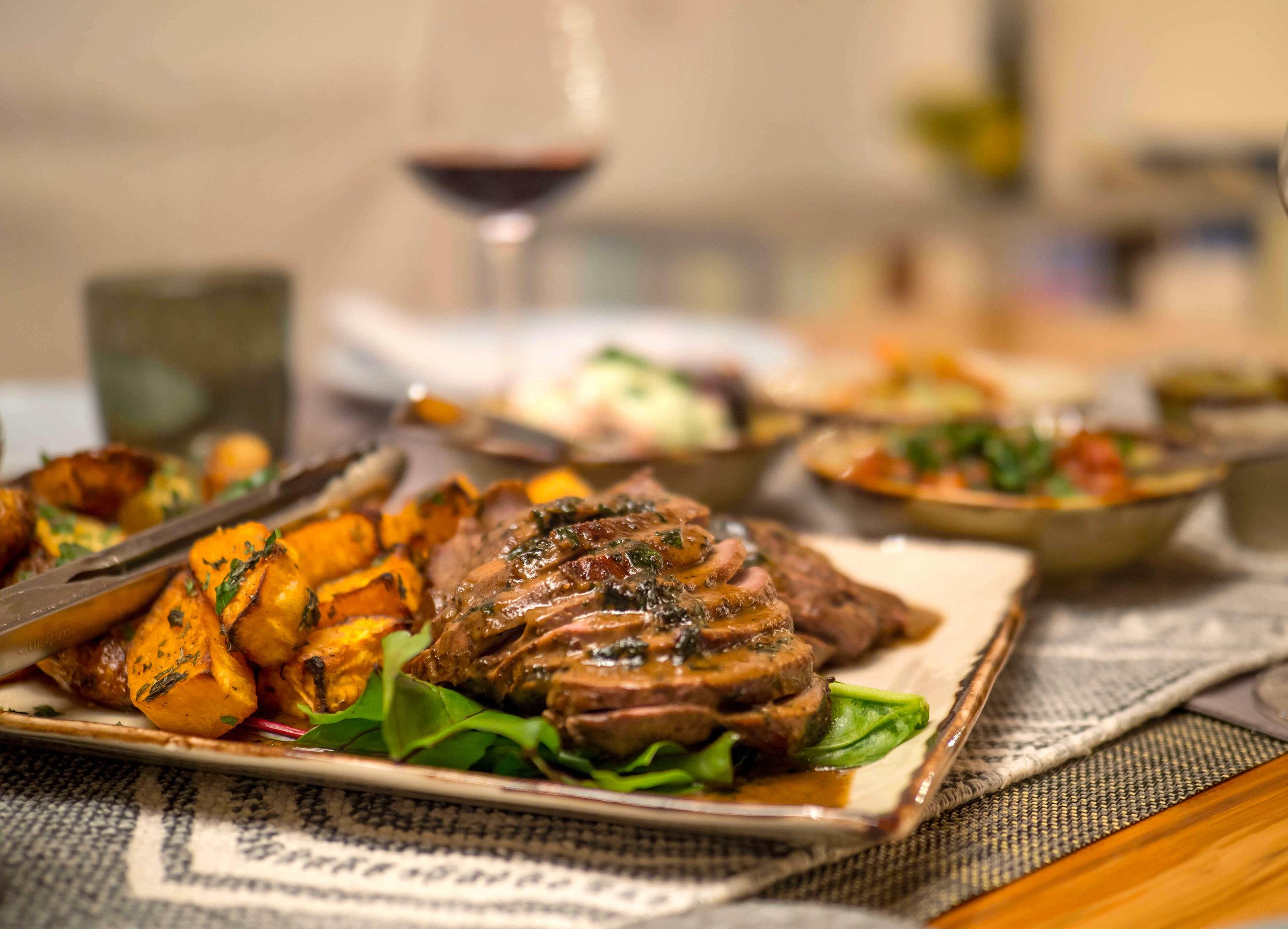 Te_Koha_Lodge_Dinner_2.jpg