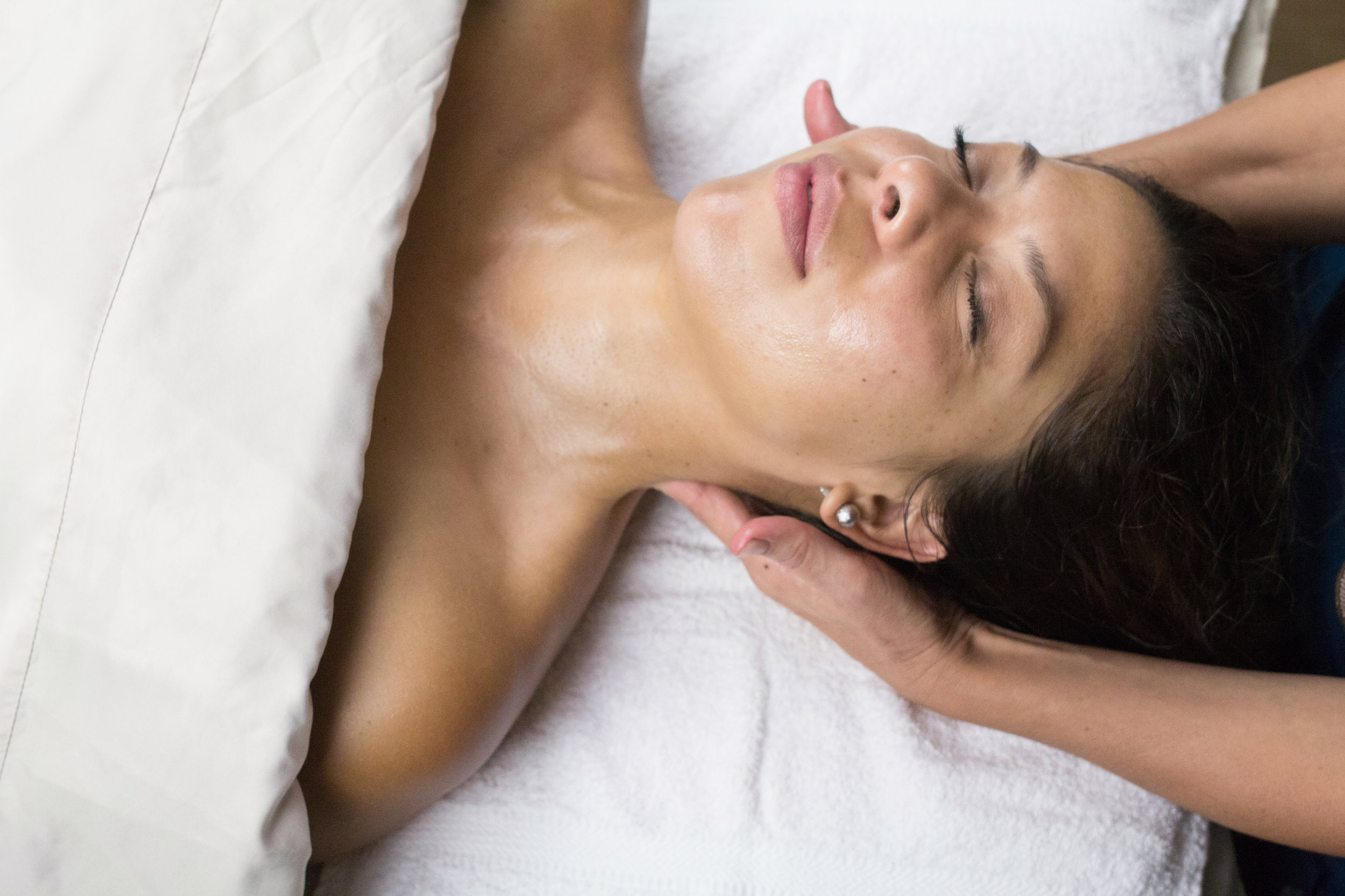 Signature Massage - $69 | 60 min. $89 | 75 min. $109 | 90 min.Combines Swedish technique and Eastern influences to achieve a relaxing full-body massage with long flowing strokes. Focuses on releasing tightness and tension, while increasing blood flow and flushing out toxins.Our aim is to relax the mind and body, while providing a tranquil sense of well-being.