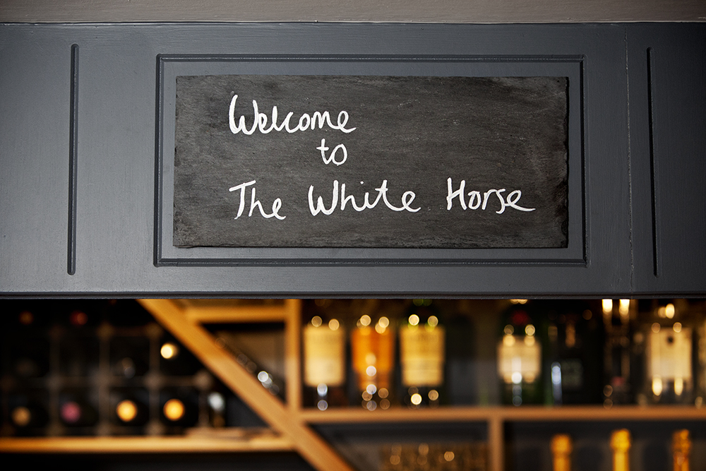 Welcome-to-the-White-Horse.jpg