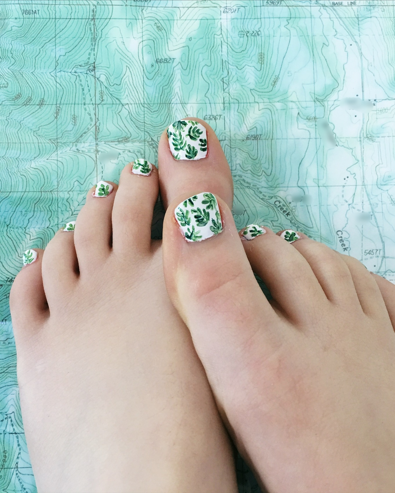 Leafy Green Toes by thecorduroyfox.com