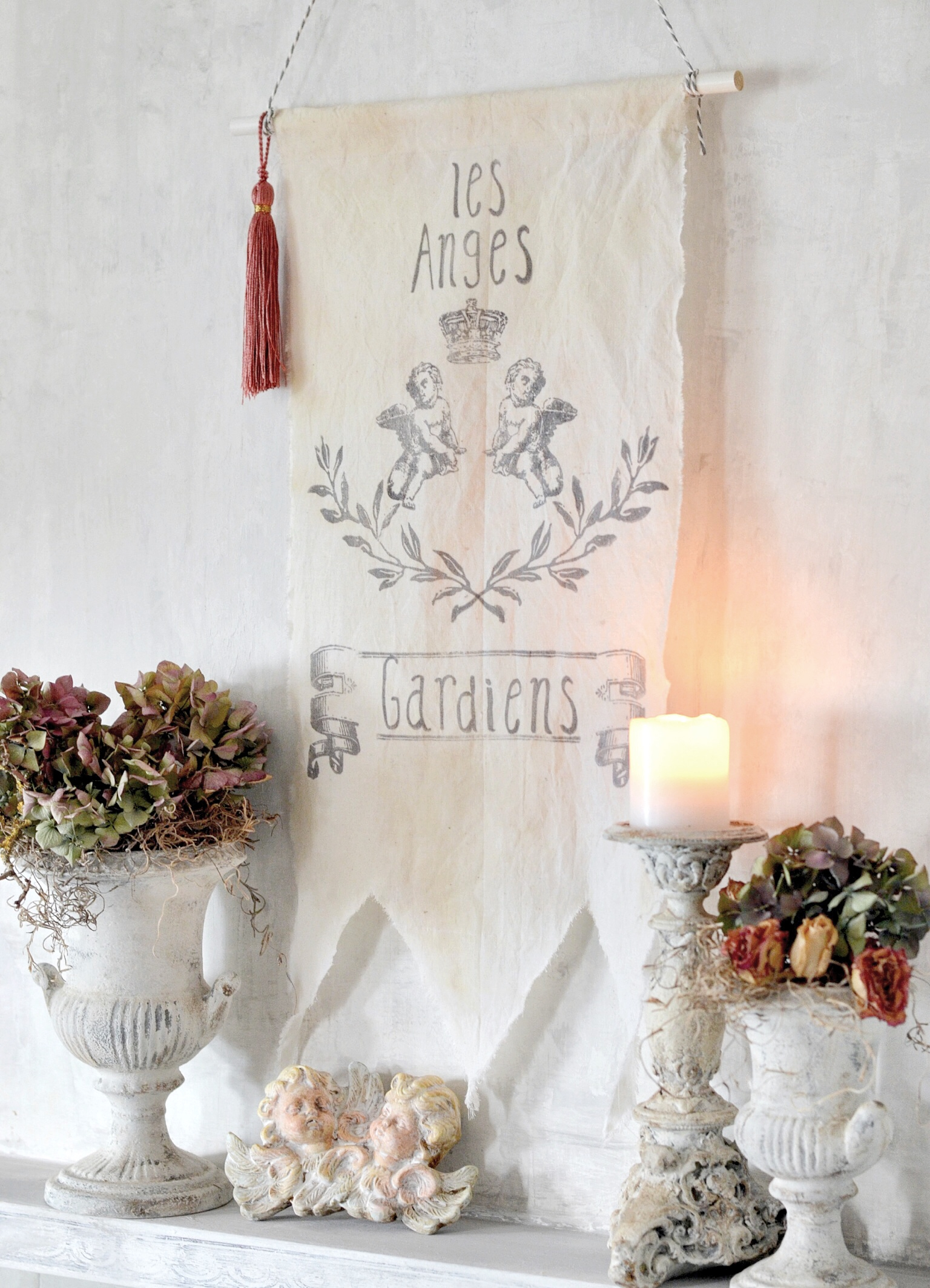 So easy to create and the results are stunning. We hope this inspires you to create a banner of your own for your home.