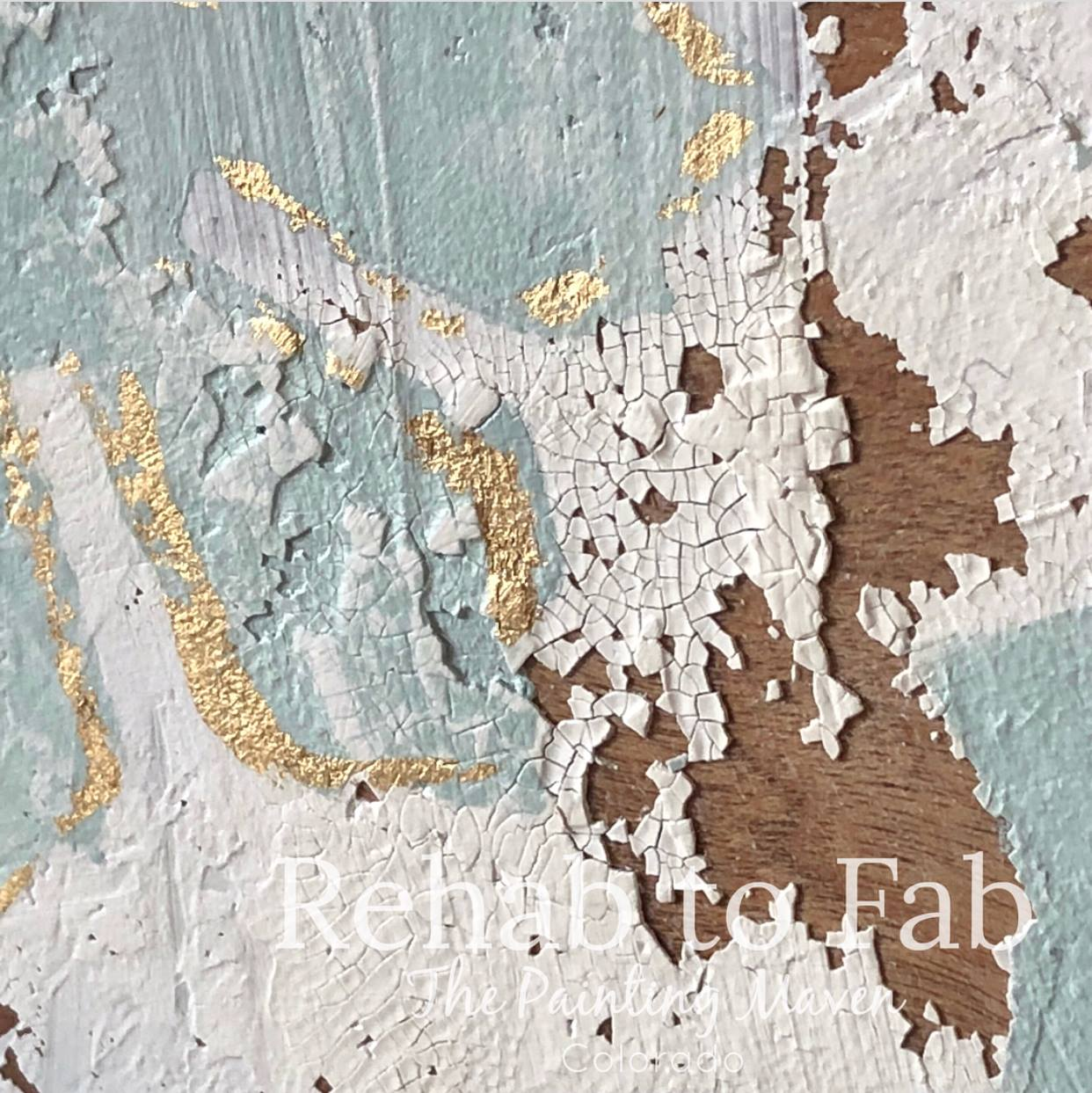Here is another close up of the surface with the mediums all working together for a unique and goreous finish...