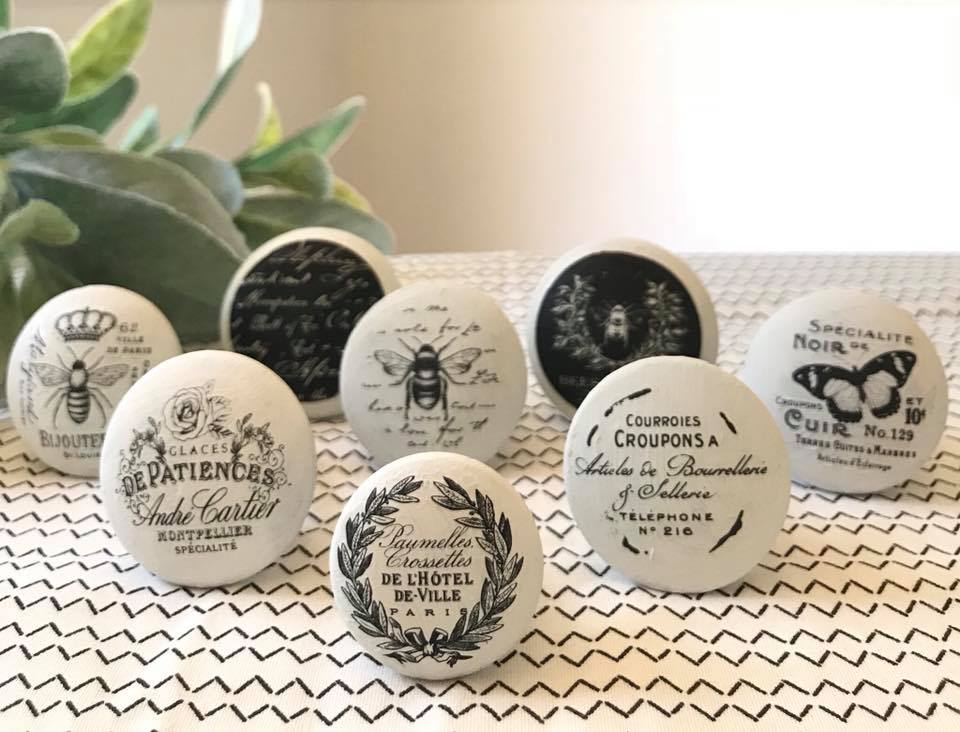 Our new decor knob transfers are the perfect bite sized embellishment to add to the knobs and pulls on your projects. We offer 9 new design packs to choose from and they are sure to add that little extra design element to your pieces. Roz Robertson of  New Old Finds  created these wood knobs to add to her furniture projects-we love what she did!
