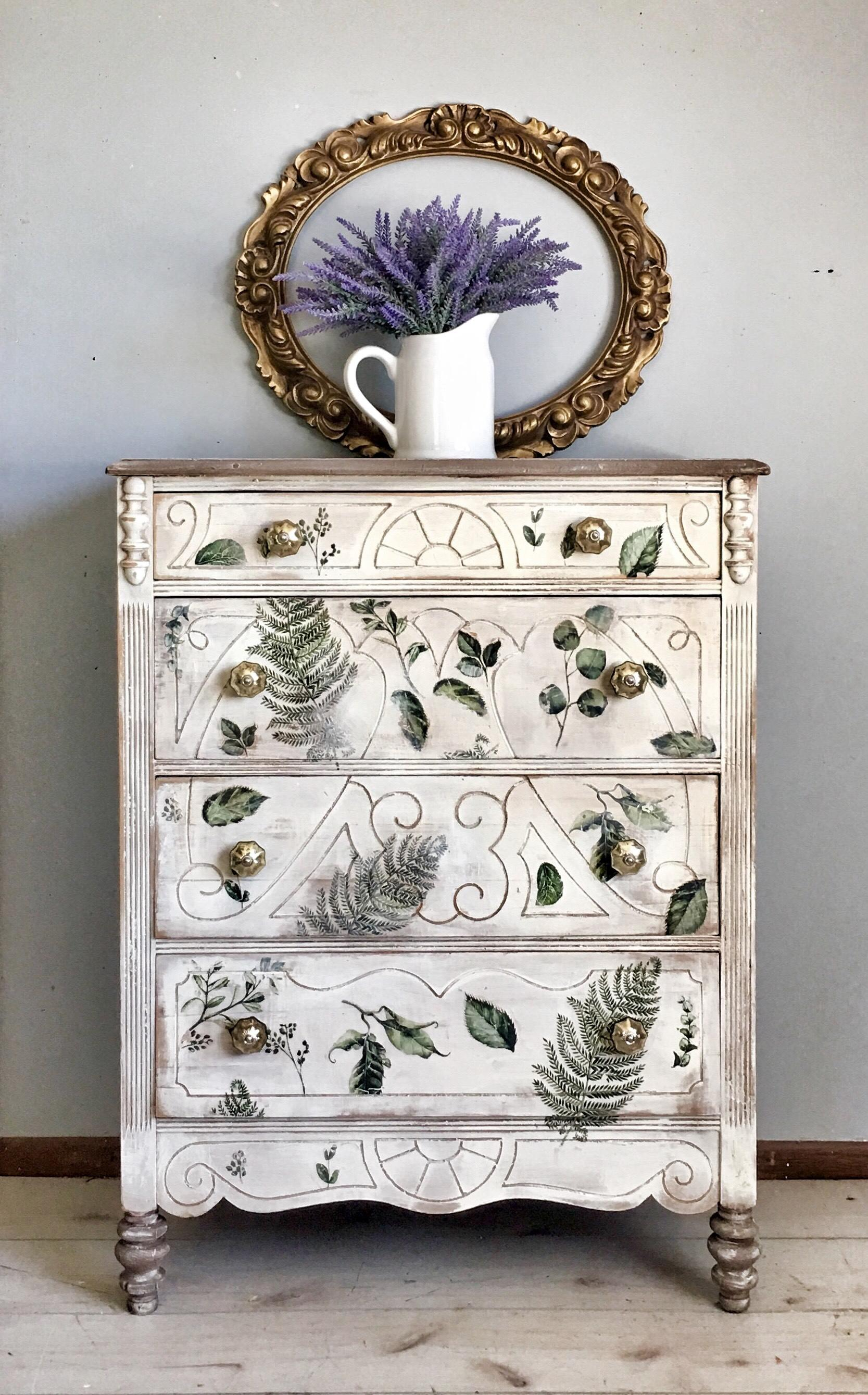 Here, Kim used our Fern Woods Decor Transfer™ on this antique dresser with a classic whitewash finish. Love the sanded edges and muted tones that give this piece a beautiful rustic look.