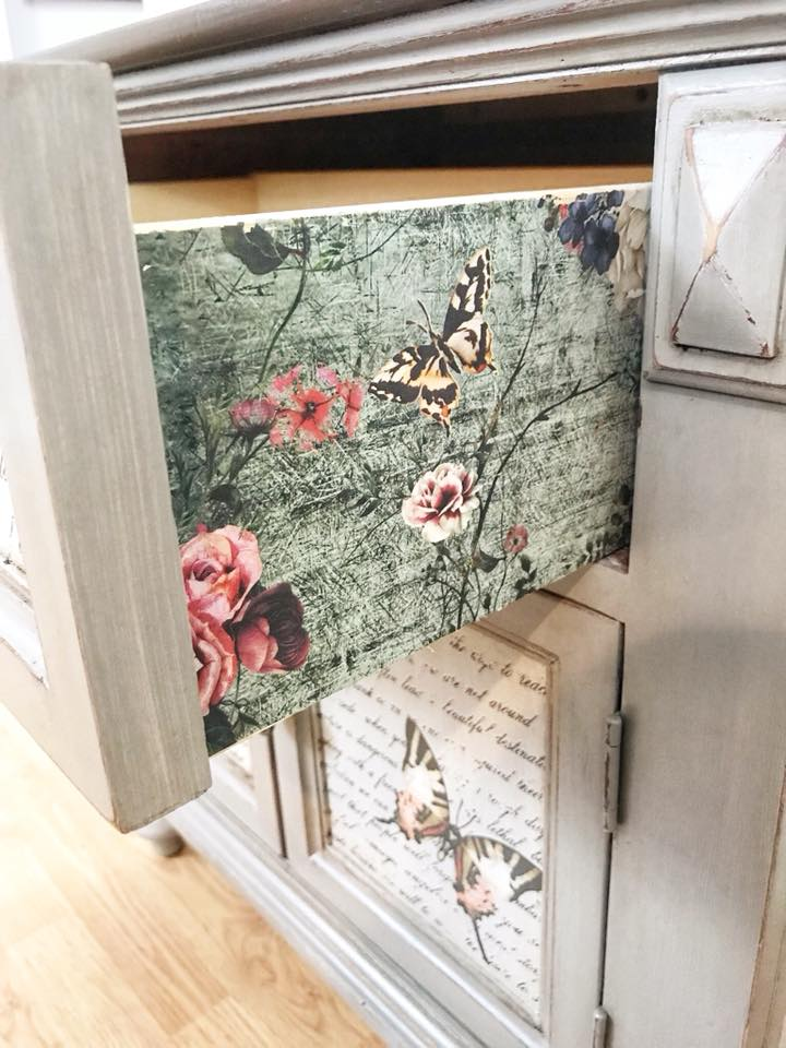 Roz also lined the side of the drawers for a fun element to the piece when you slide the drawer open. This is the Rustic Teal (635435) transfer sheet that comes in 3 sections, so you can use it all together as one design or individually…