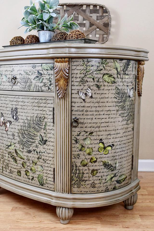 The individual leaves from the Fern Woods (635541) add a whole new look to this piece. Love the botanical style!