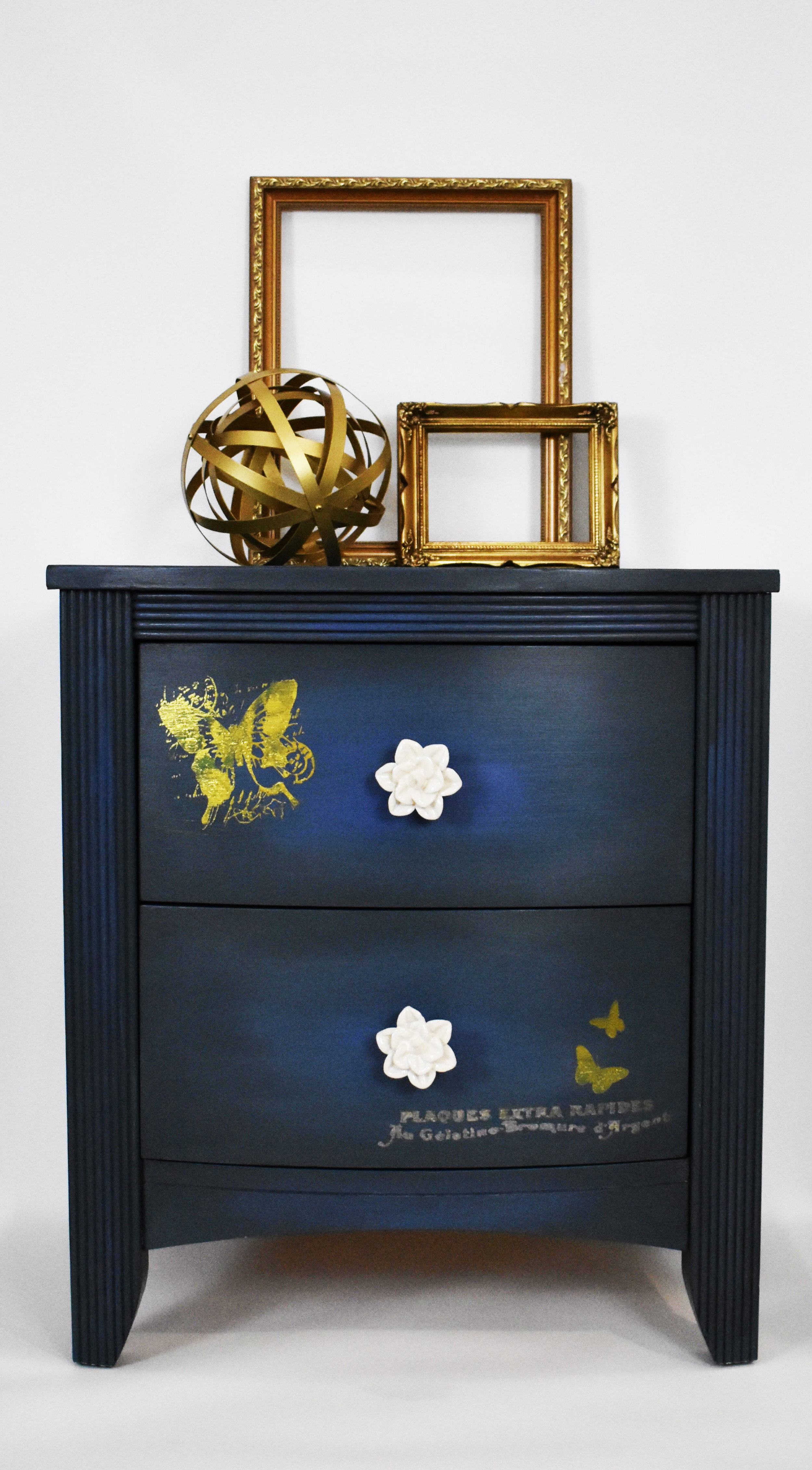 These transfers are perfect for adding a bot of detail to your furniture. A little bit can add just enough character and whimsy….Roz of New Old Finds created this sweet end table-love the butterflies floating around…