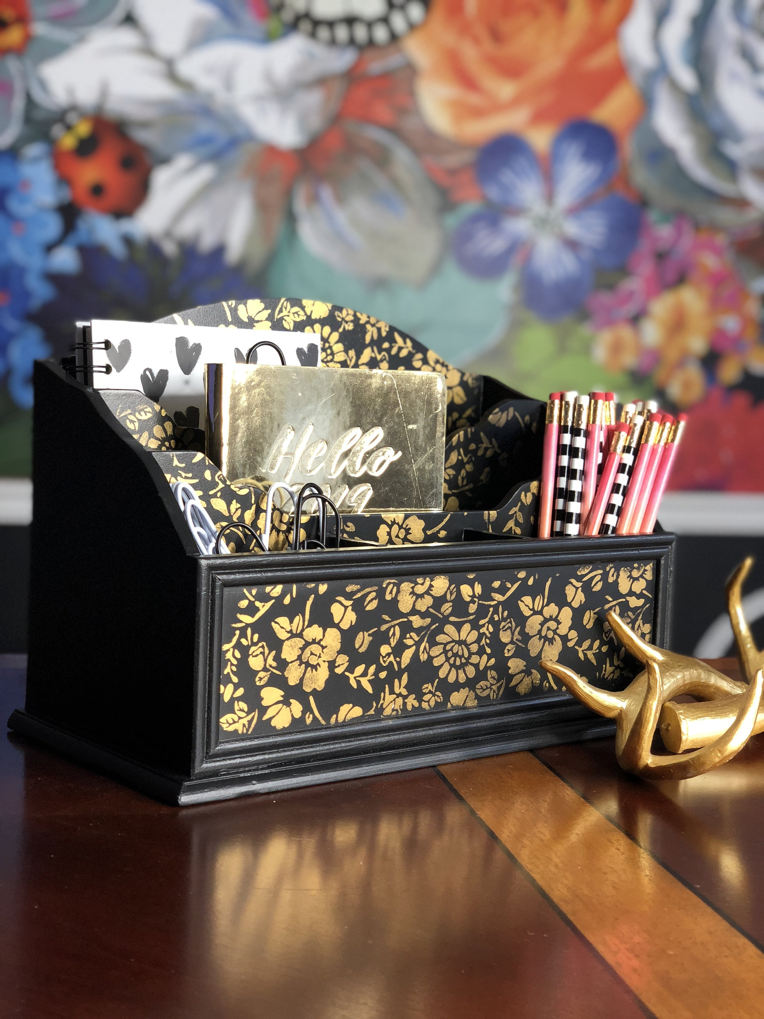 Tracey Bellion of  Tracey's Fancy  added a bit of glimmer and glam to her desk organizer using the Royal Anne Garden design. She simply added gold wax over the pattern and peeled off for the amazing reveal!