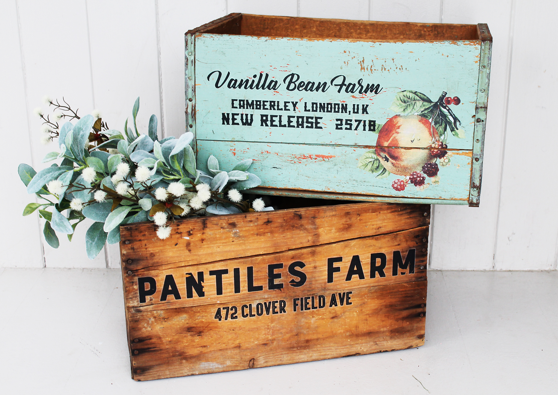 This set is called Everyday Farmhouse (637040). This set is perfect if you just want to add text or personality to your projects. Cari took a couple of old vintage crates she had sitting around and labeled them with the transfers. So simple and sweet!