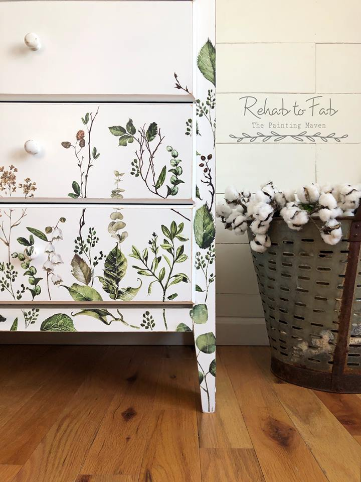 She used Fern Woods (635541), Delicate Fleur (636937) and Parisian Butterflies (635466) and arranged them where she wanted them on the bottom portion of the dresser.