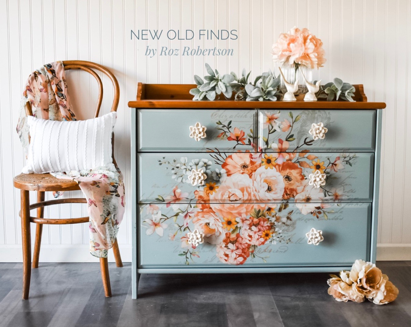 This blue and floral beauty blew up our Instagram feed! The color, the knobs and placement of the transfer were just perfect and everyone loved it. The wood top gives it warmth along with the addition of the Rose Celebration Decor Transfer™.. Roz also added some of the images to the sides to tie it all in-looks amazing!
